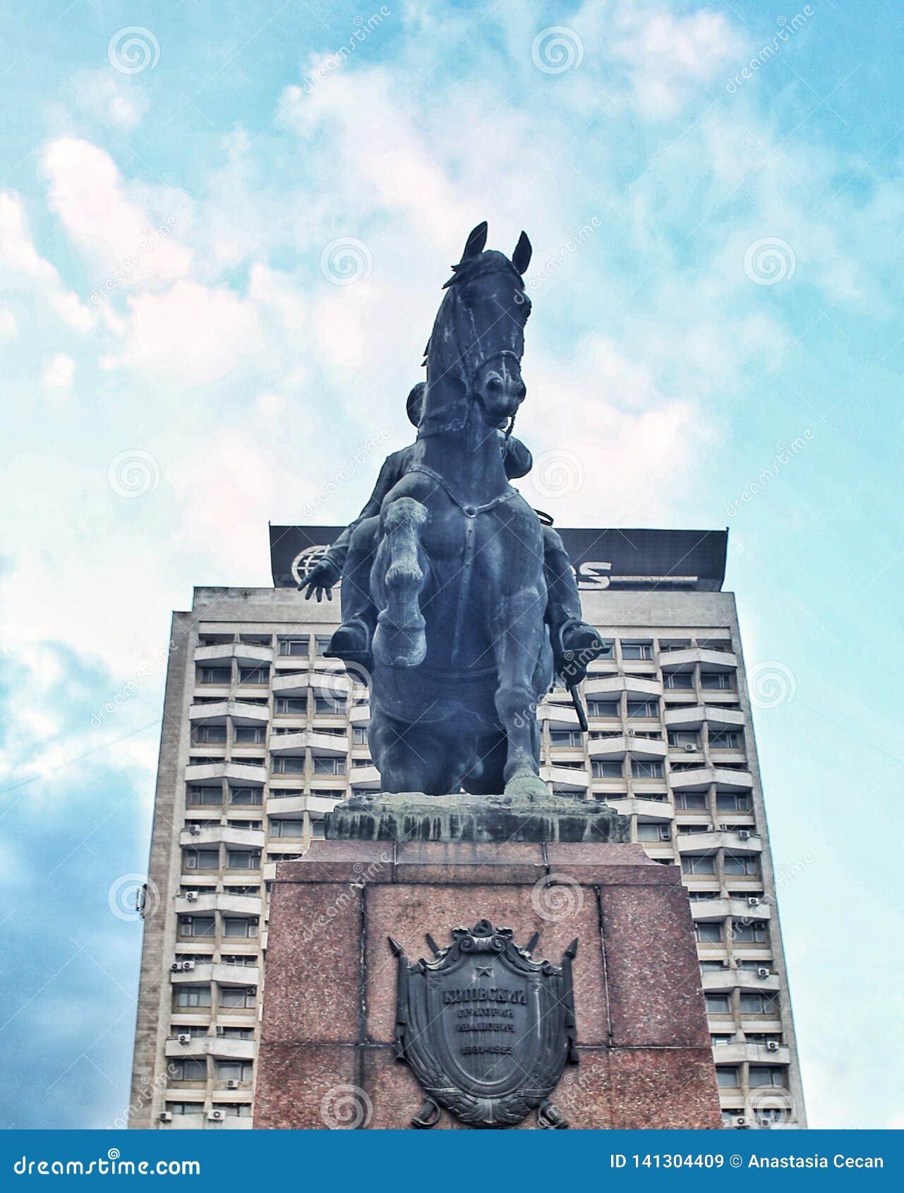 Estatua el Moldavia de Kutuzof