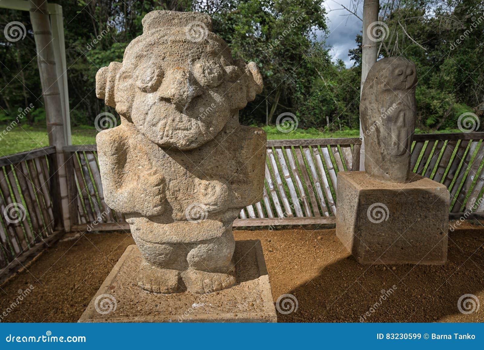 Estatuas de Anient en Colombia