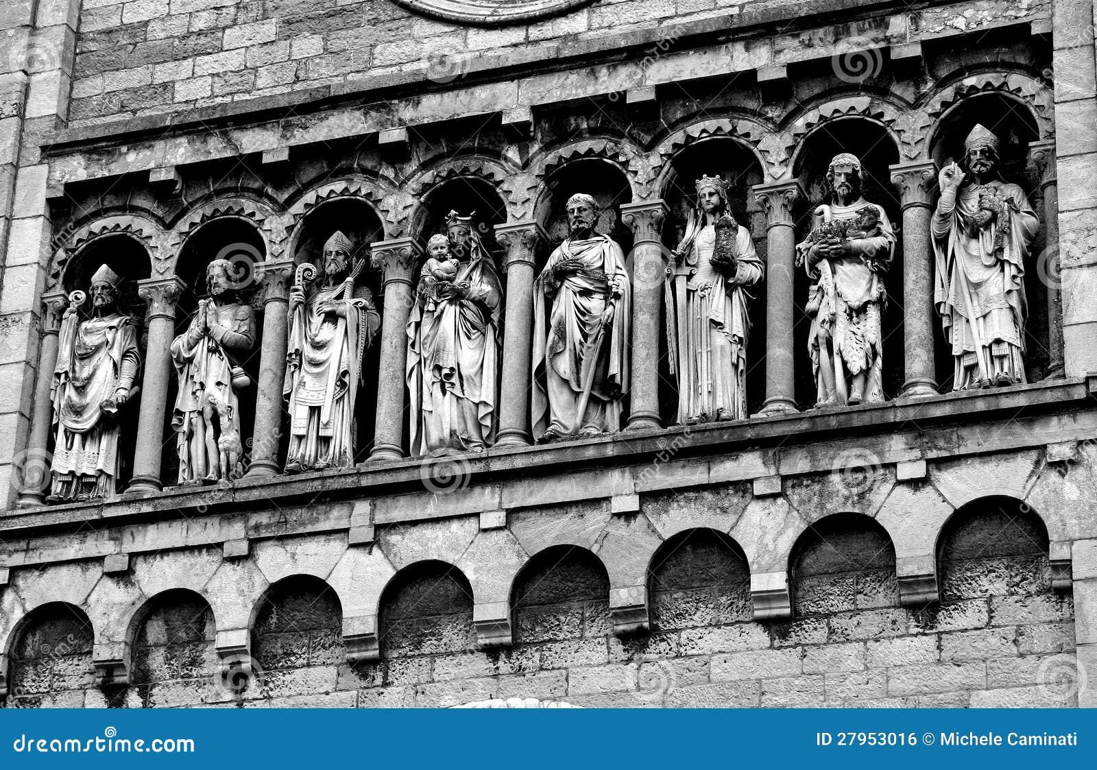 Estatuas de m rmol en blanco y negro for Marmol negro y blanco