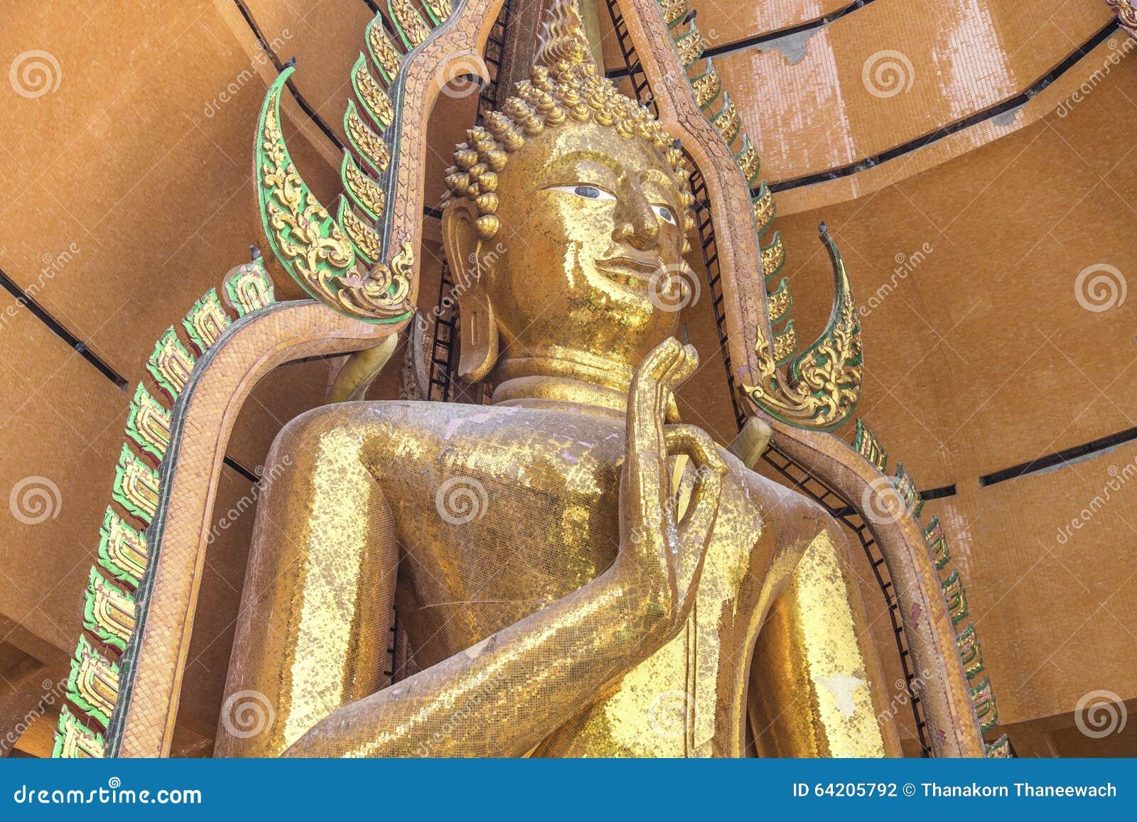 Estatuas de oro grandes de Buddha