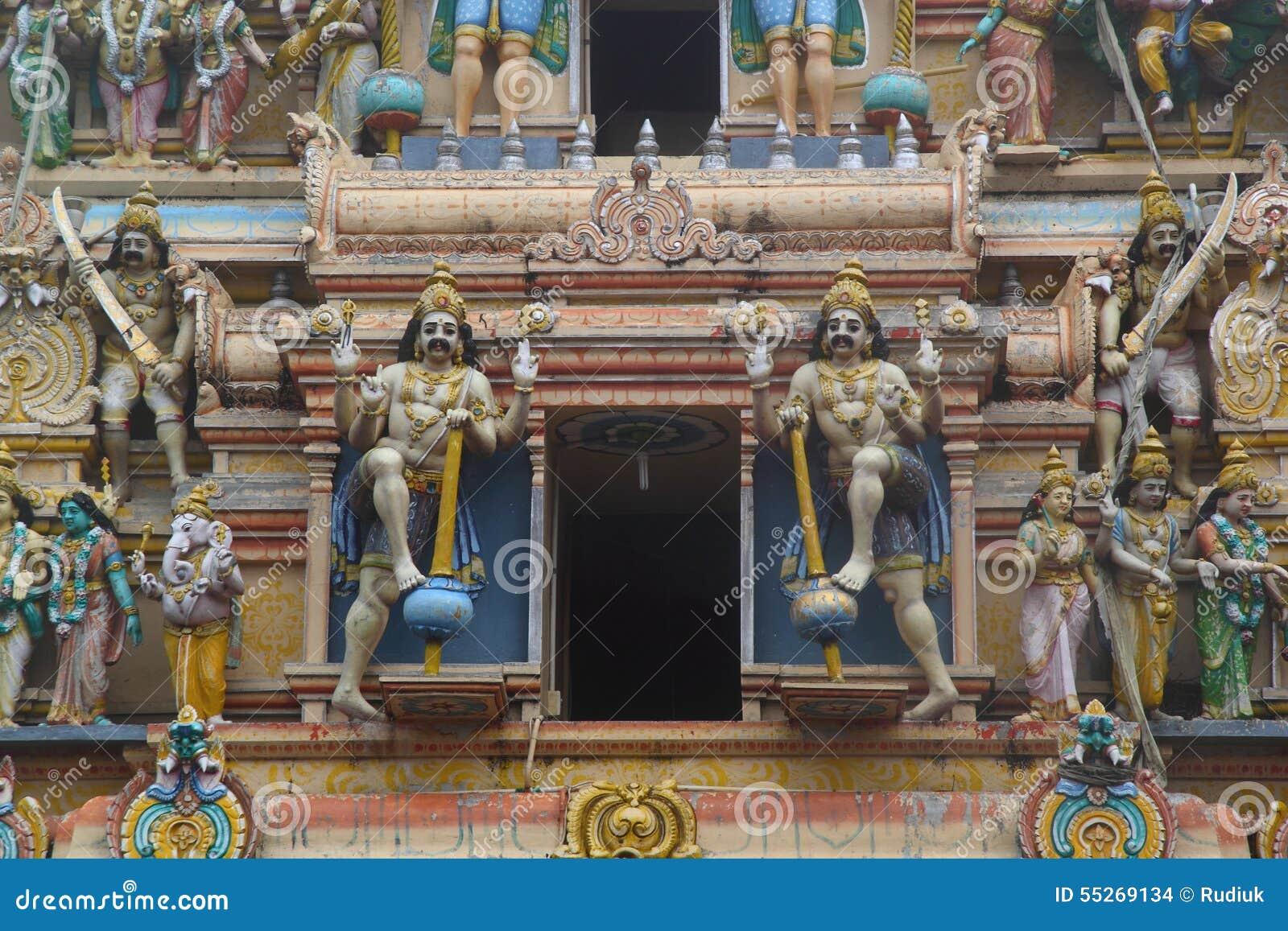 Estatuas hindúes