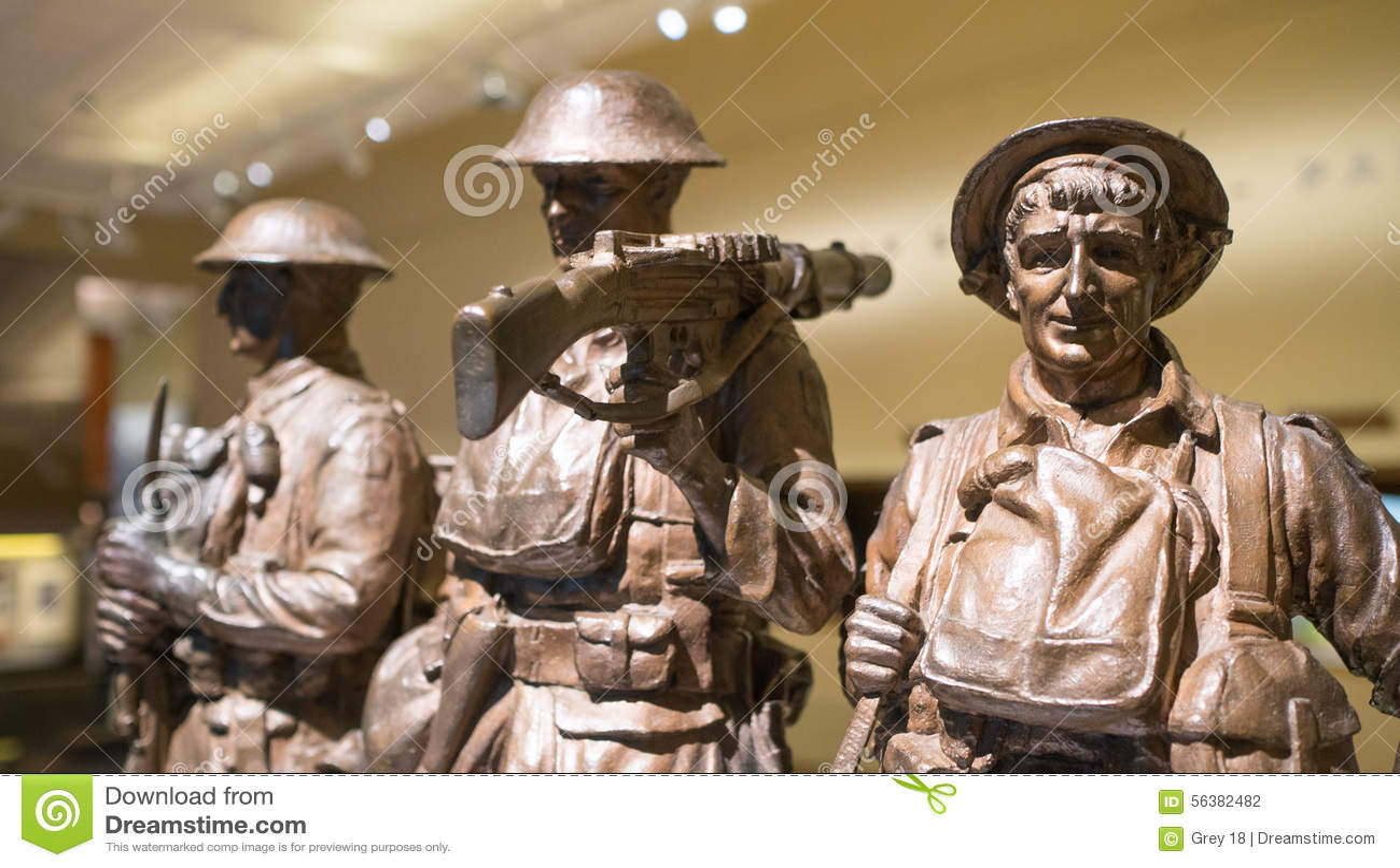 Estatuas militares de bronce