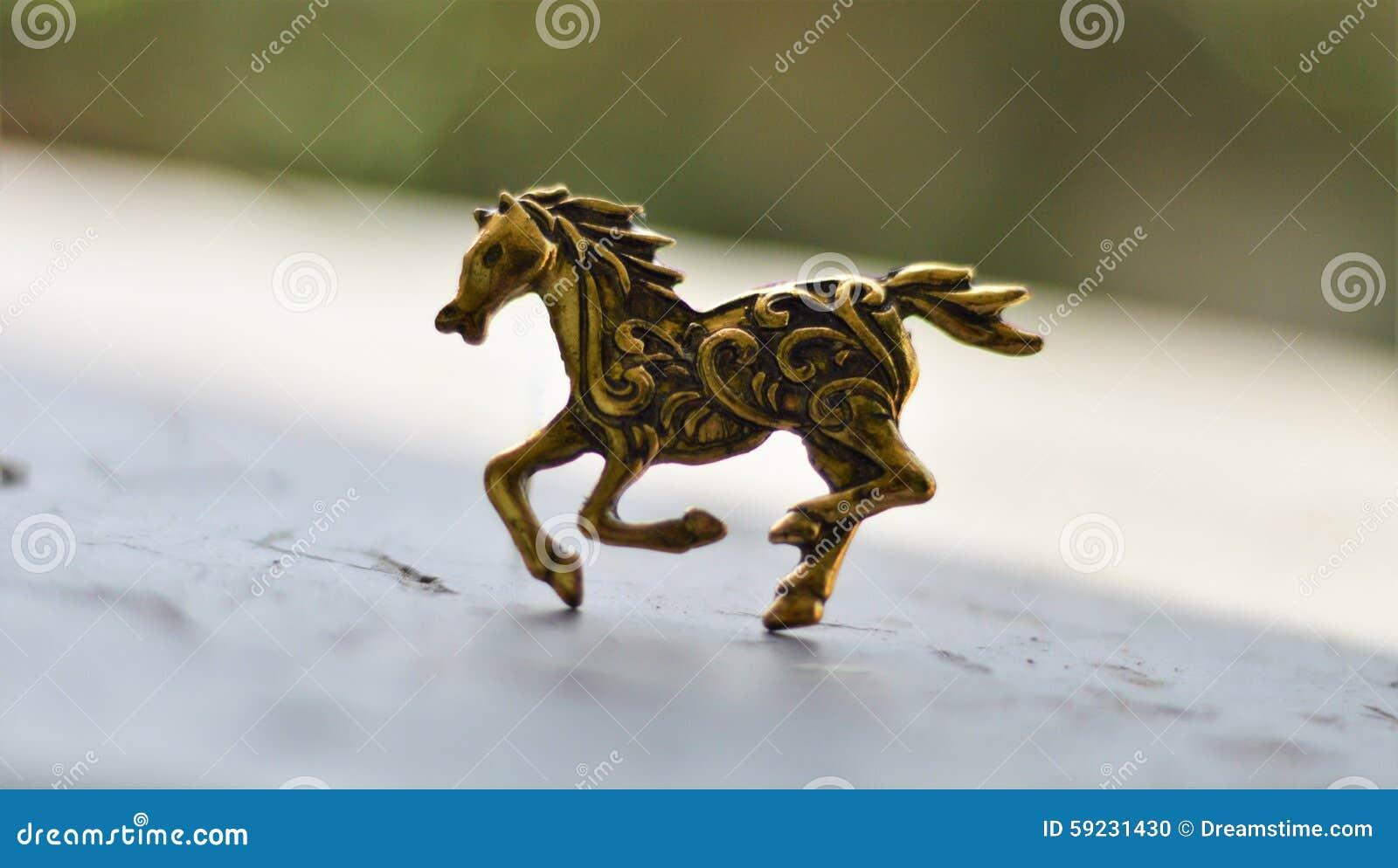 Estatuilla del caballo