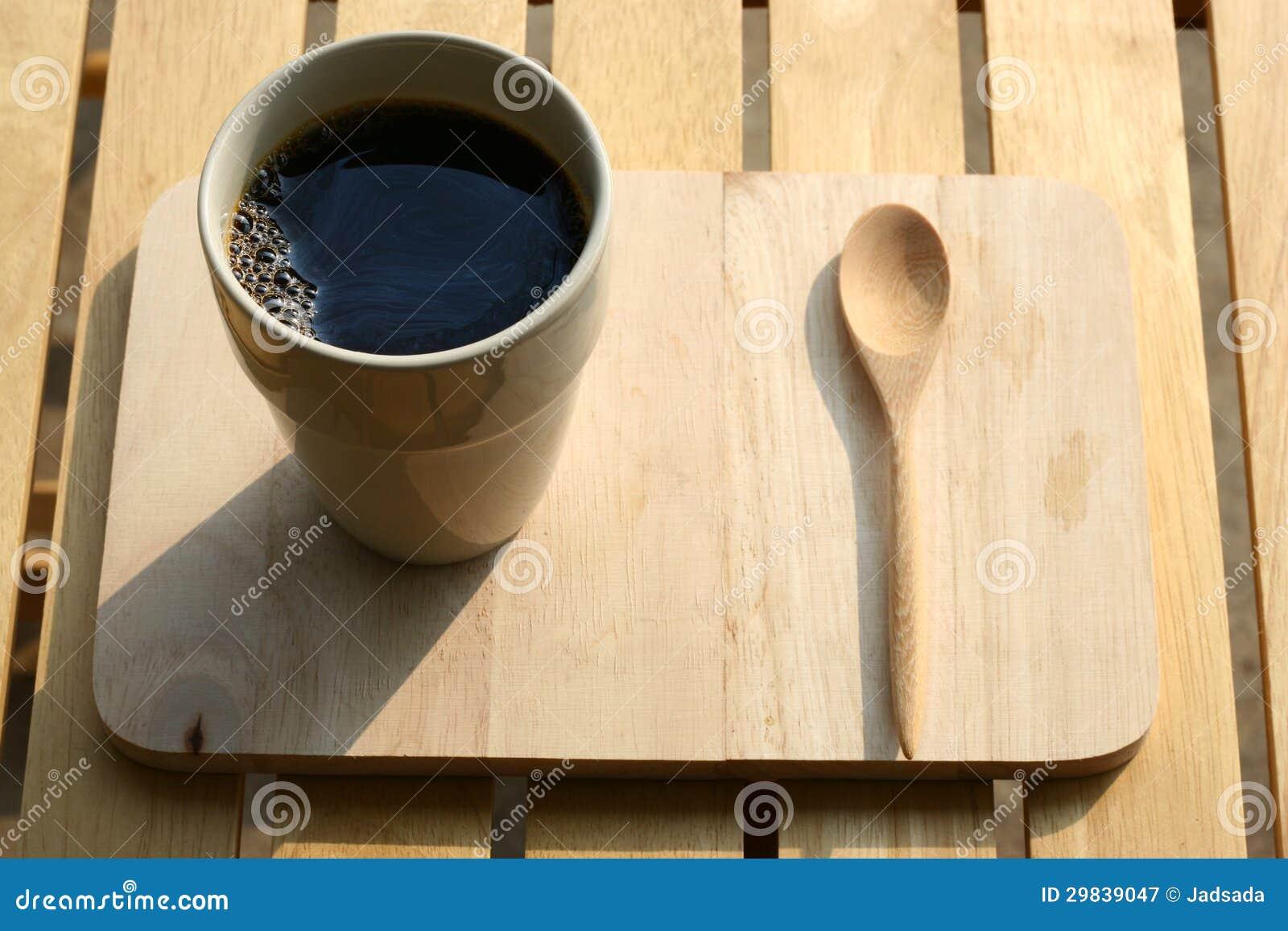 Um copo do café preto