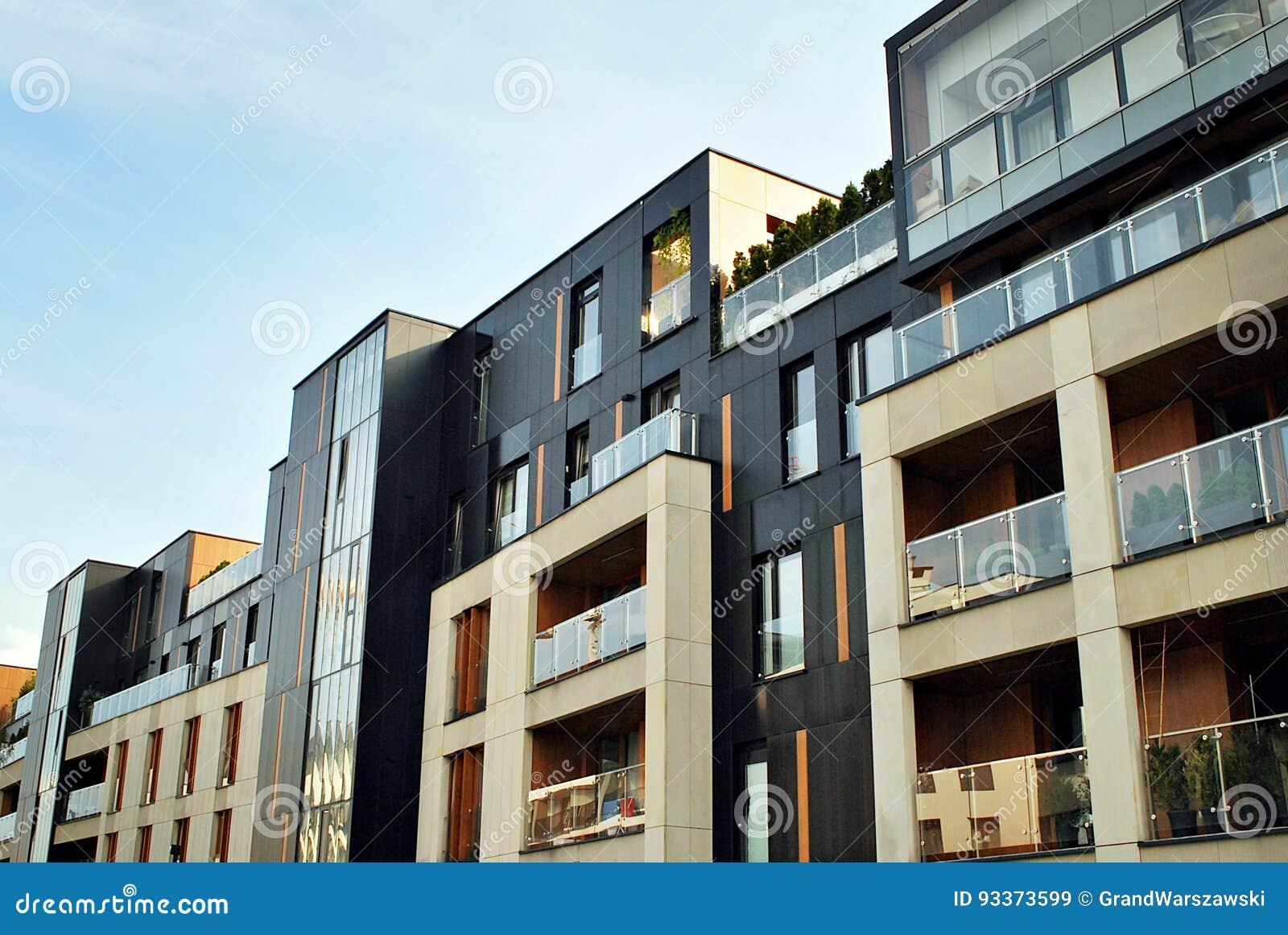 Esterni moderni delle costruzioni di appartamento immagine stock immagine 93373599 - Esterni moderni ...