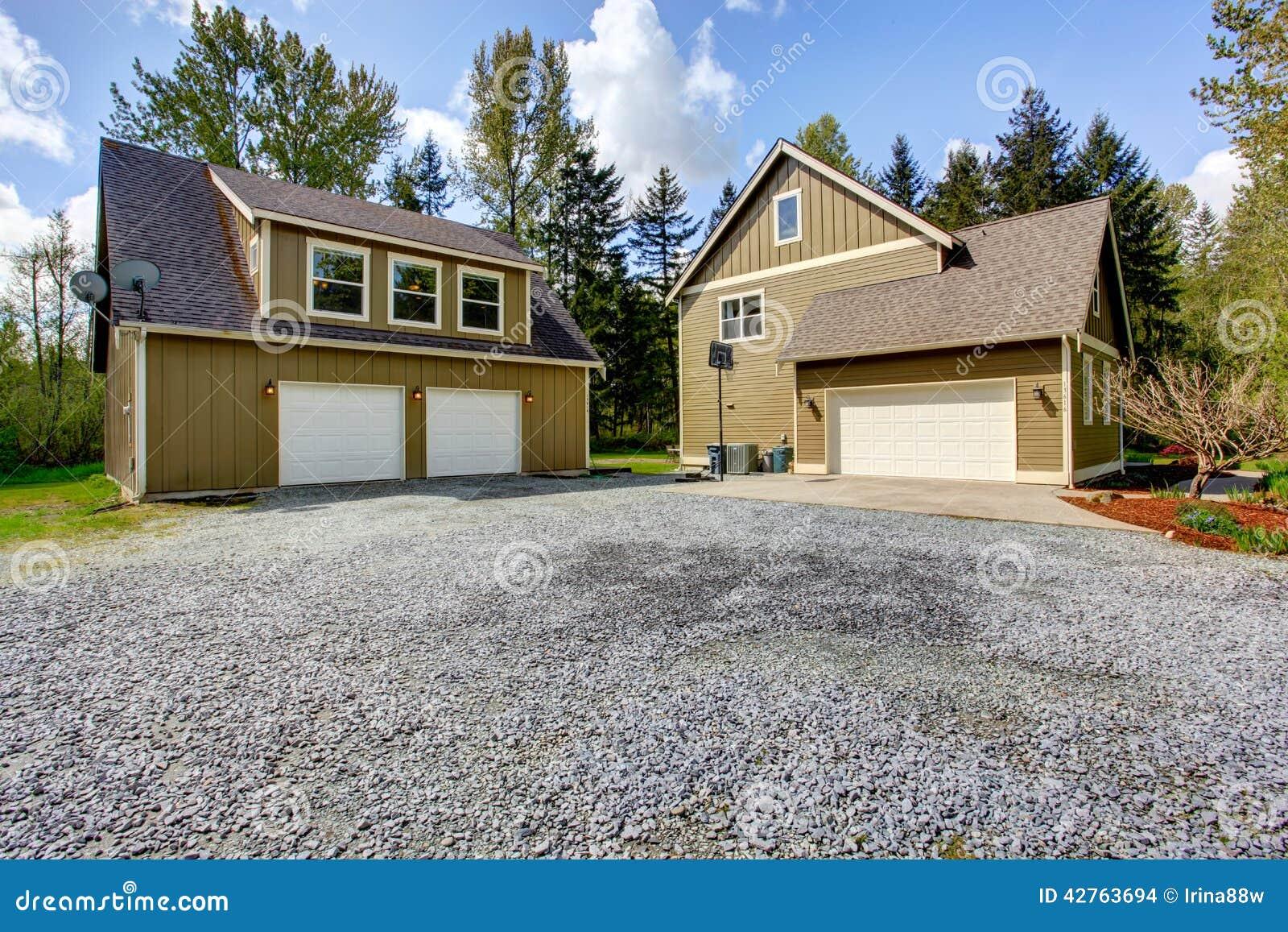 Trendy colore esterno casa di campagna immobili colore - Esterno casa colore ...