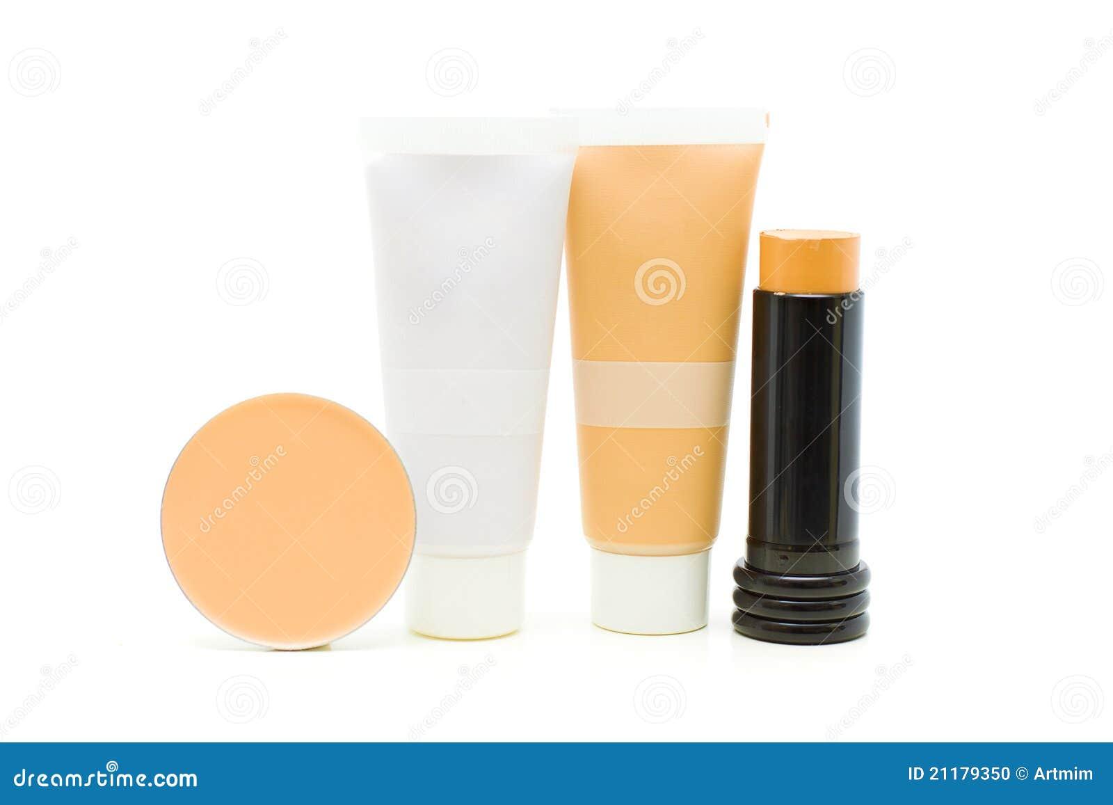 Estetiche di trucco - polvere, fondamento, crema di tono