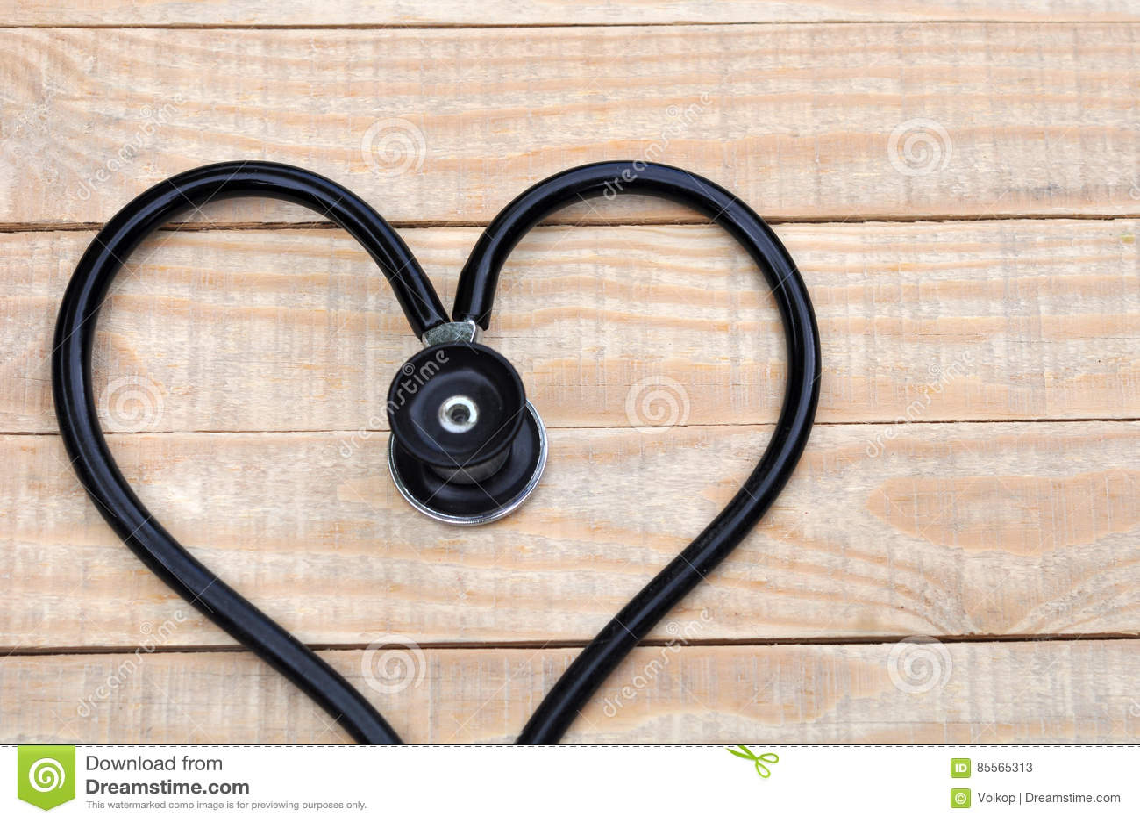 Estetoscopio Médico En Una Forma Del Corazón En Fondo De