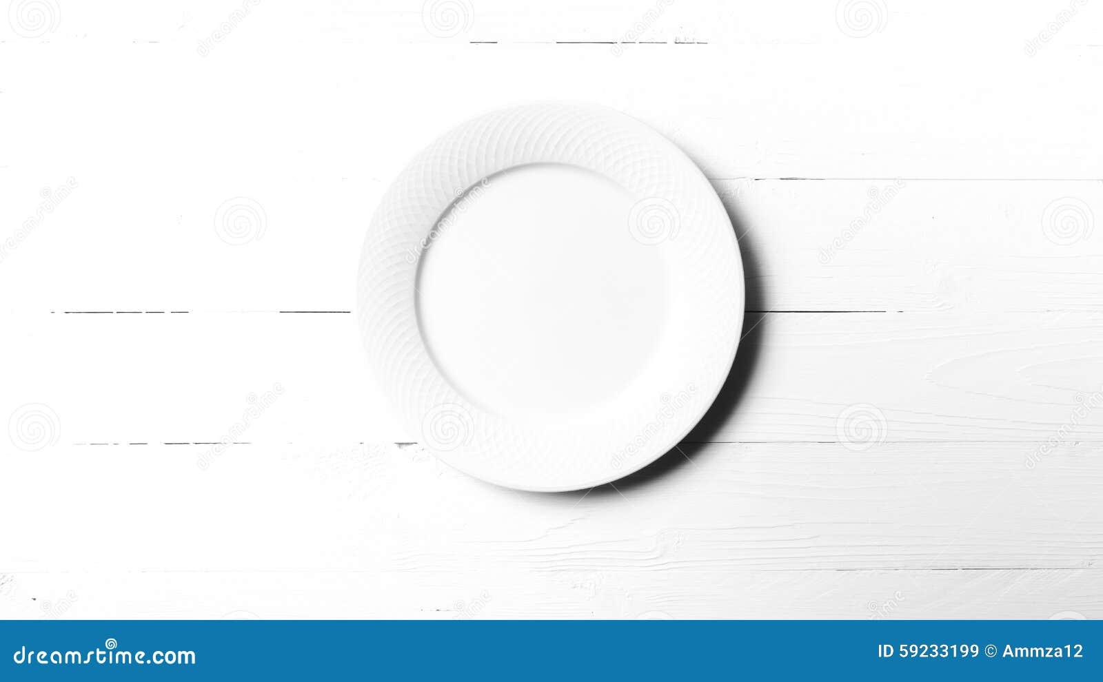 Estilo blanco y negro del color de tono del plato vacío