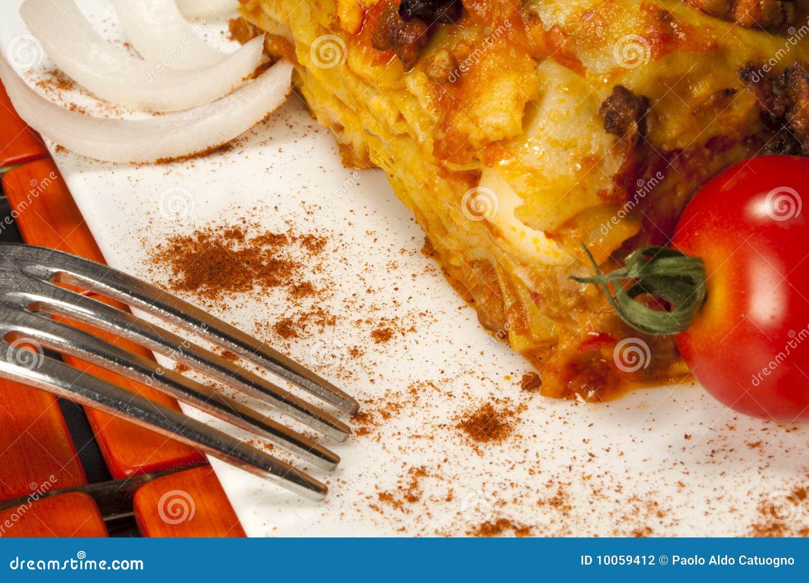 Estilo da Bolonha do Lasagna