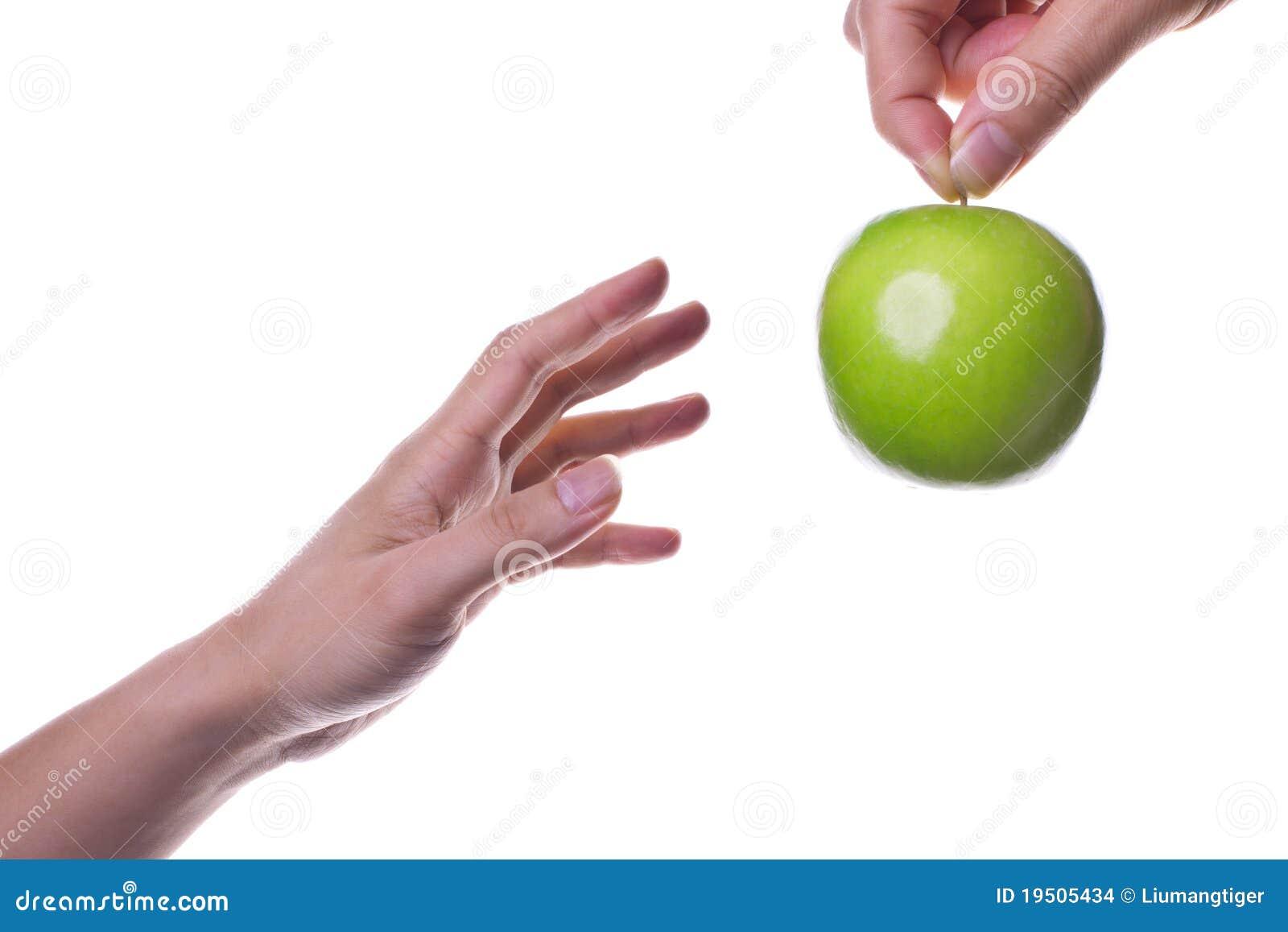 Estire hacia fuera para la manzana/la salud