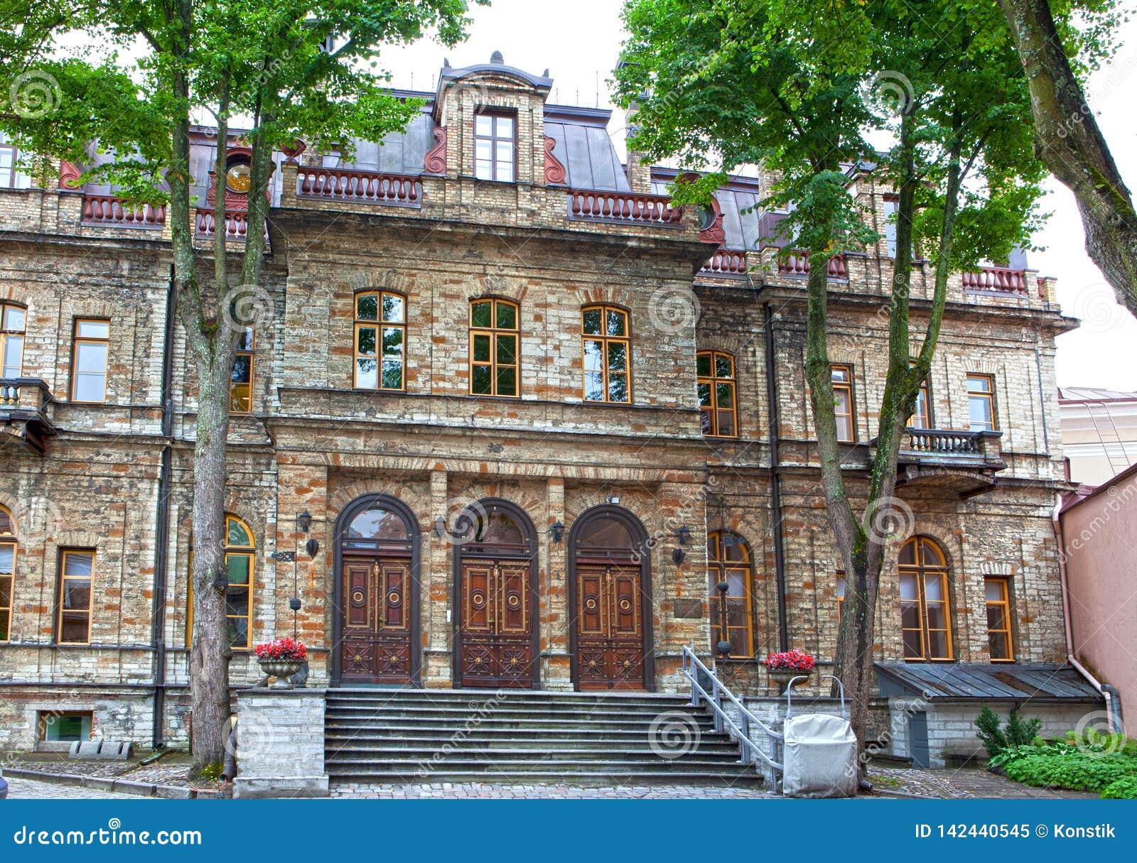 Παλαιά σπίτια στις παλαιές οδούς πόλεων Ταλίν Εσθονία