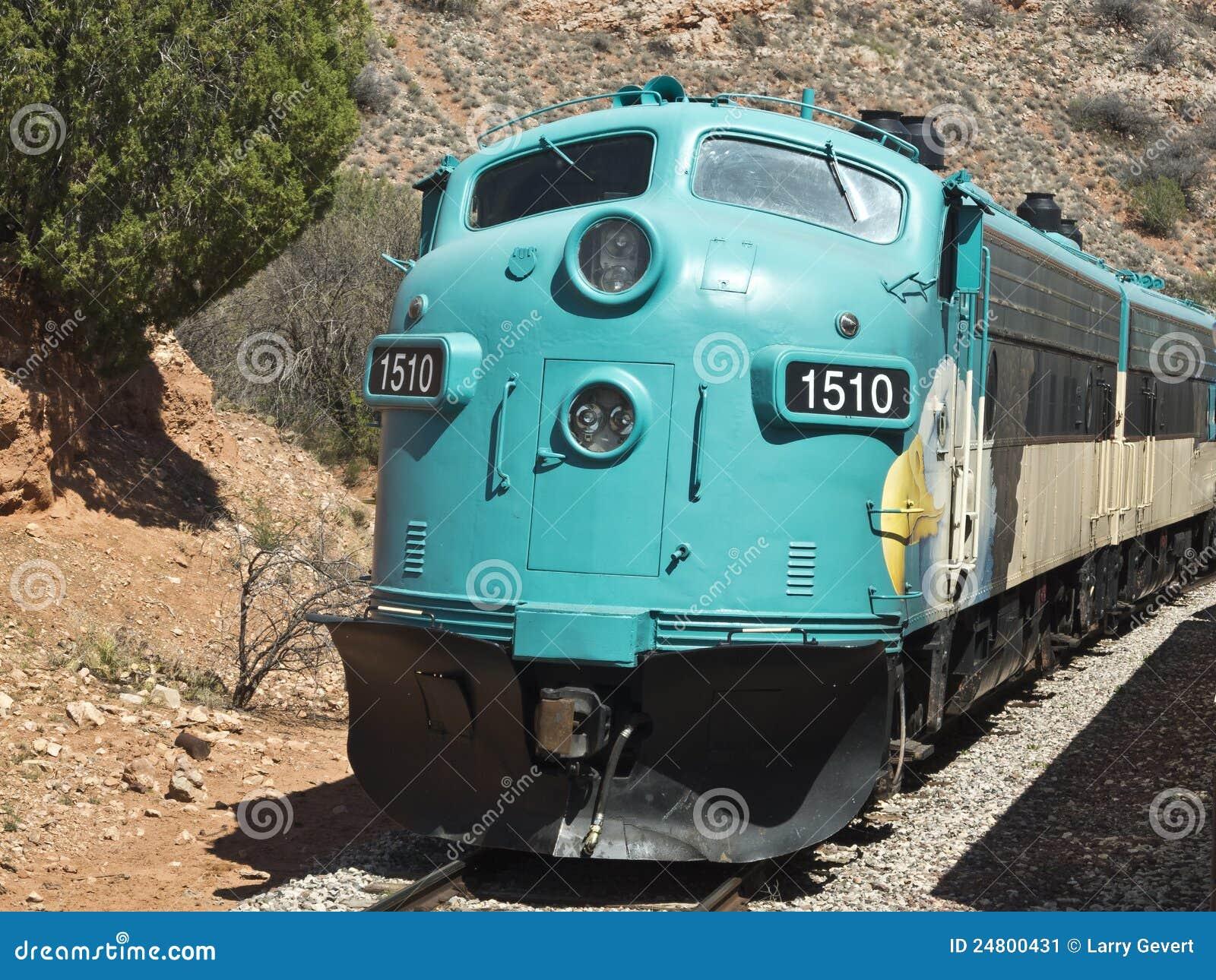 Estrada de ferro da garganta de Verde no Arizona