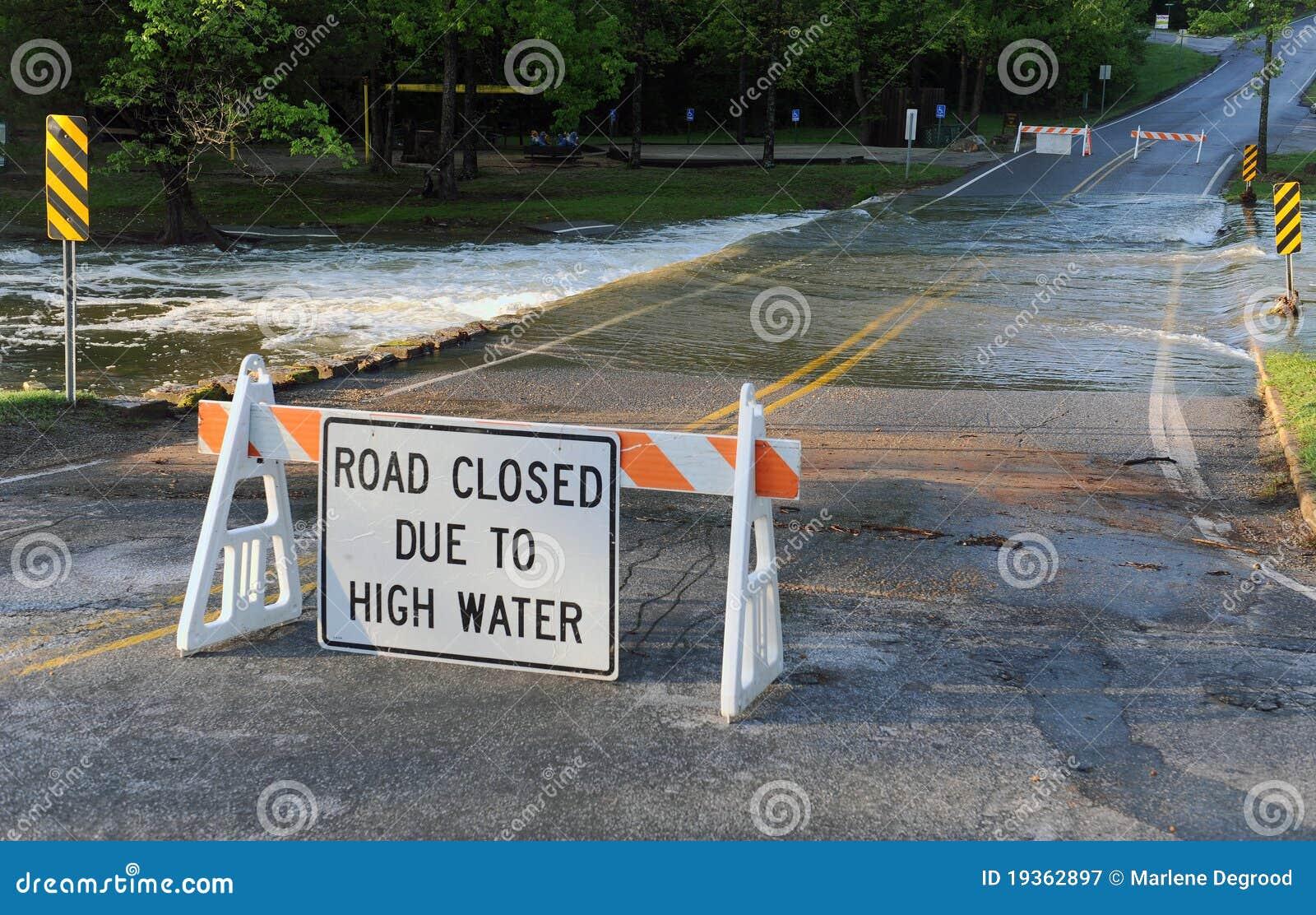 Estrada fechada
