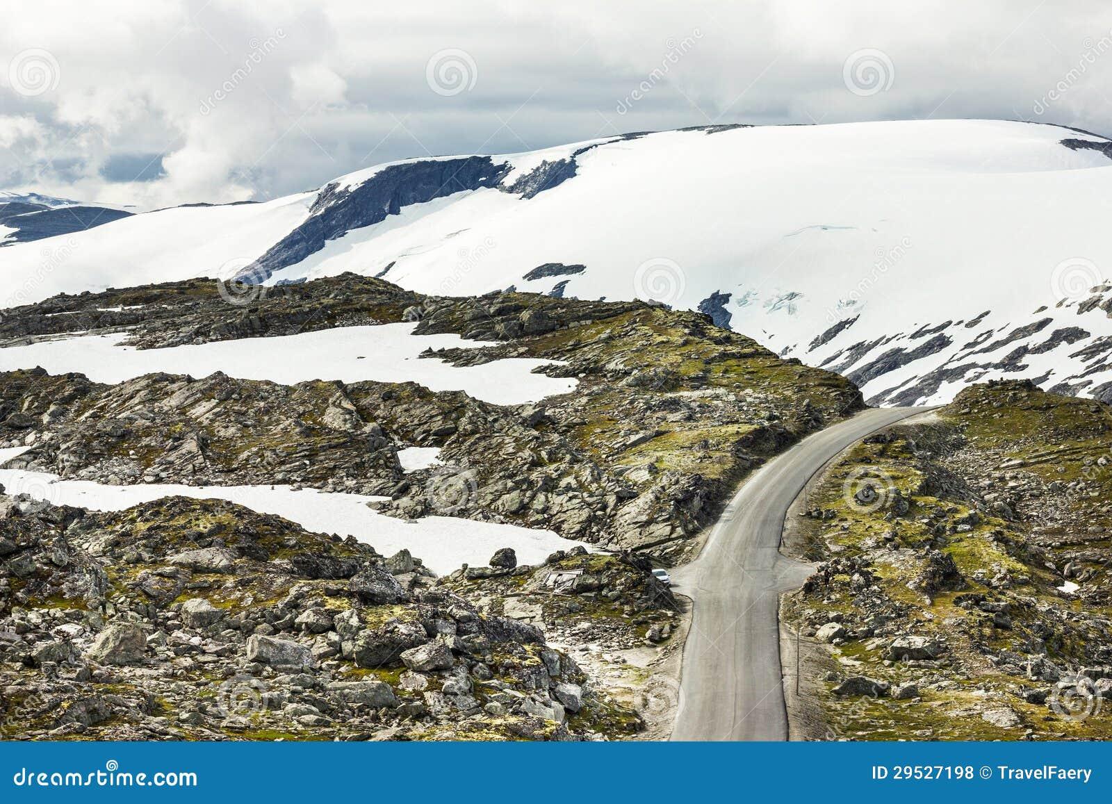 Estrada na montanha, Geiranger
