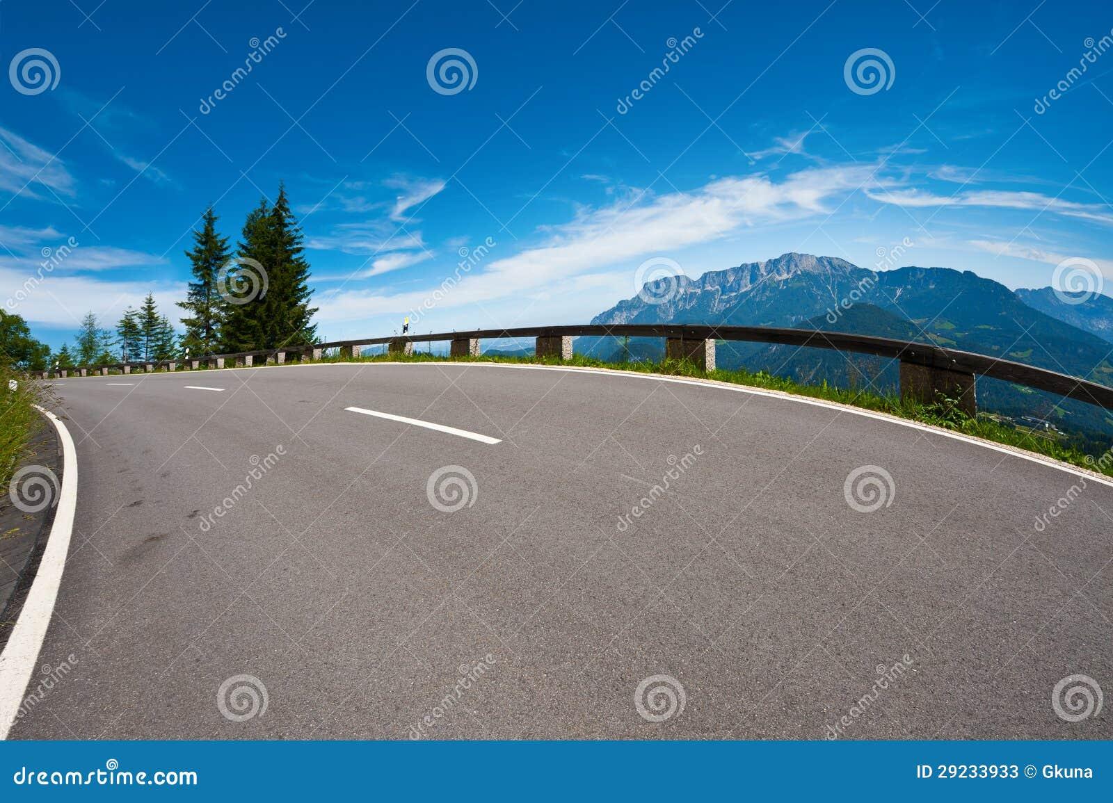 Download Estrada nos cumes imagem de stock. Imagem de ecology - 29233933