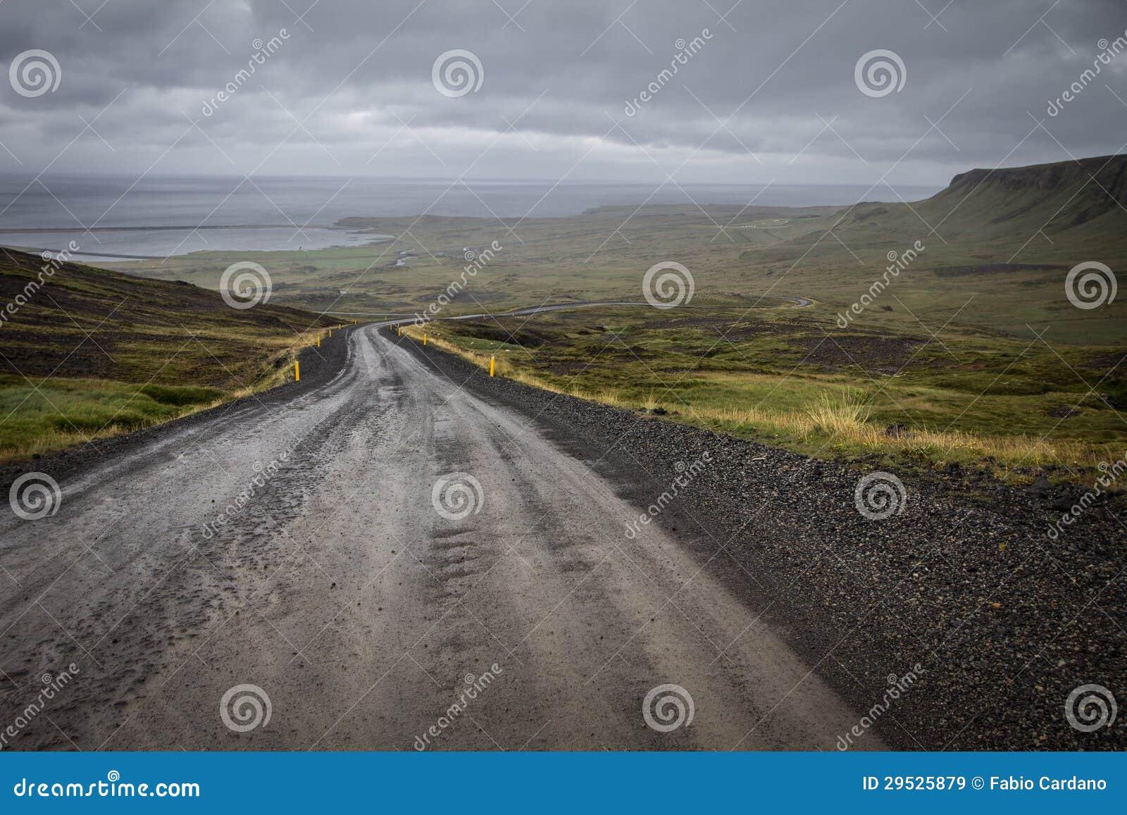 Estrada Unpaved