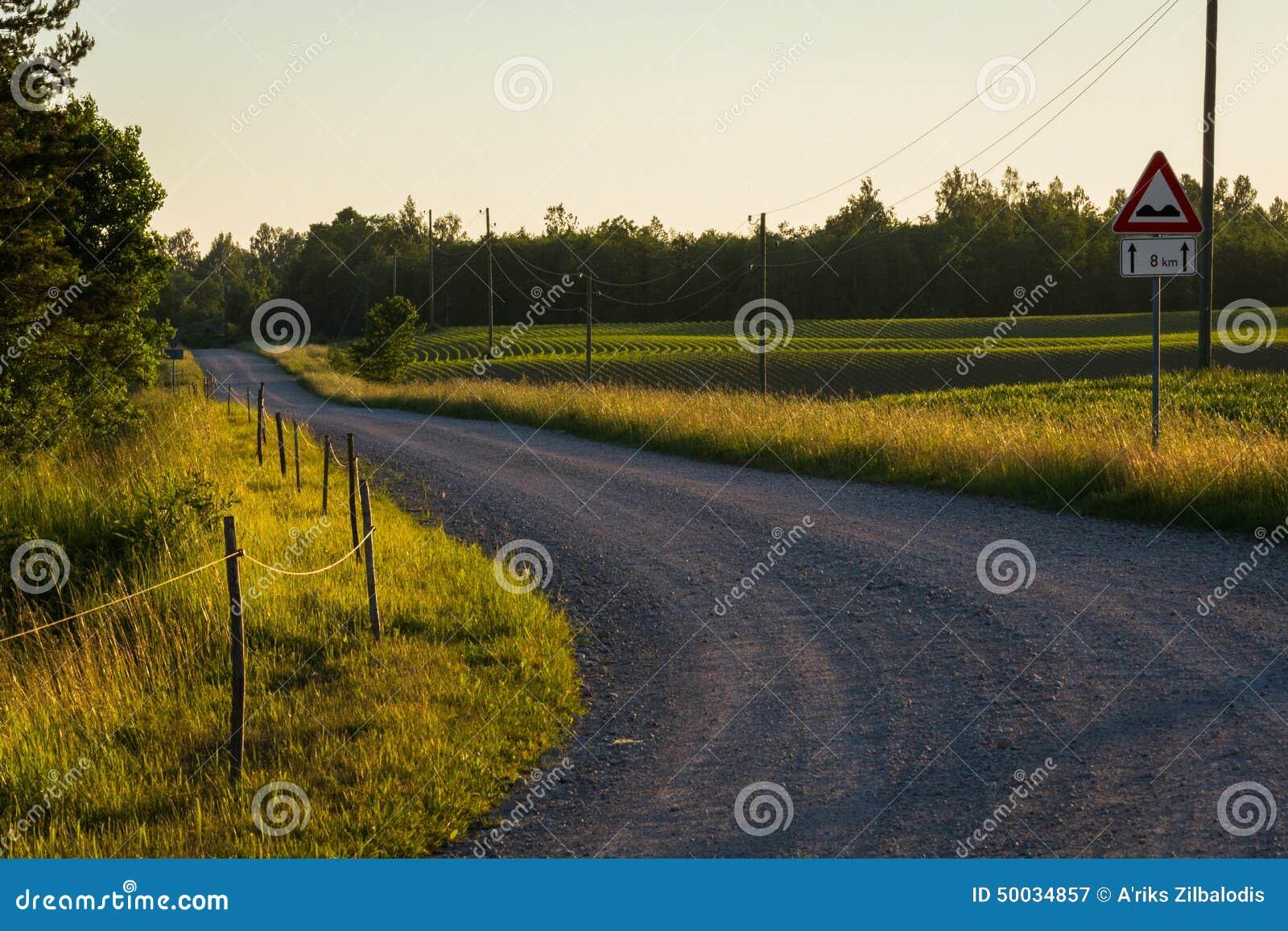 Estradas e secundárias as