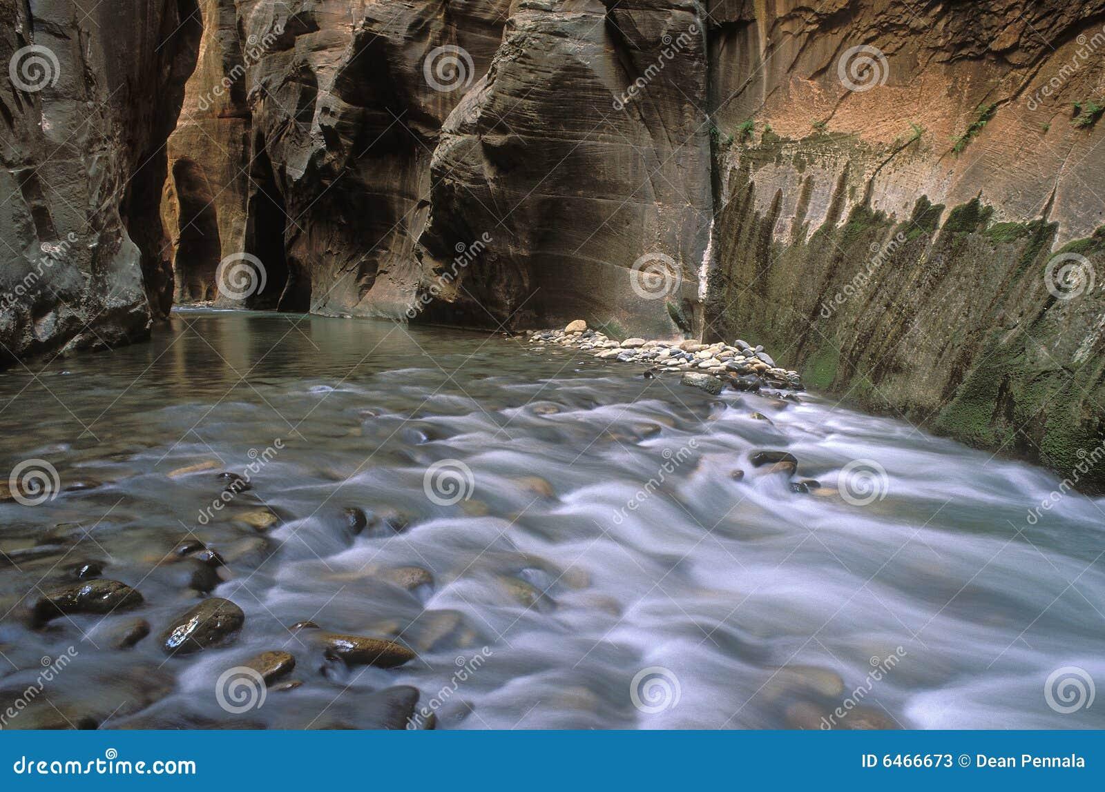 Estrechos del río de la Virgen