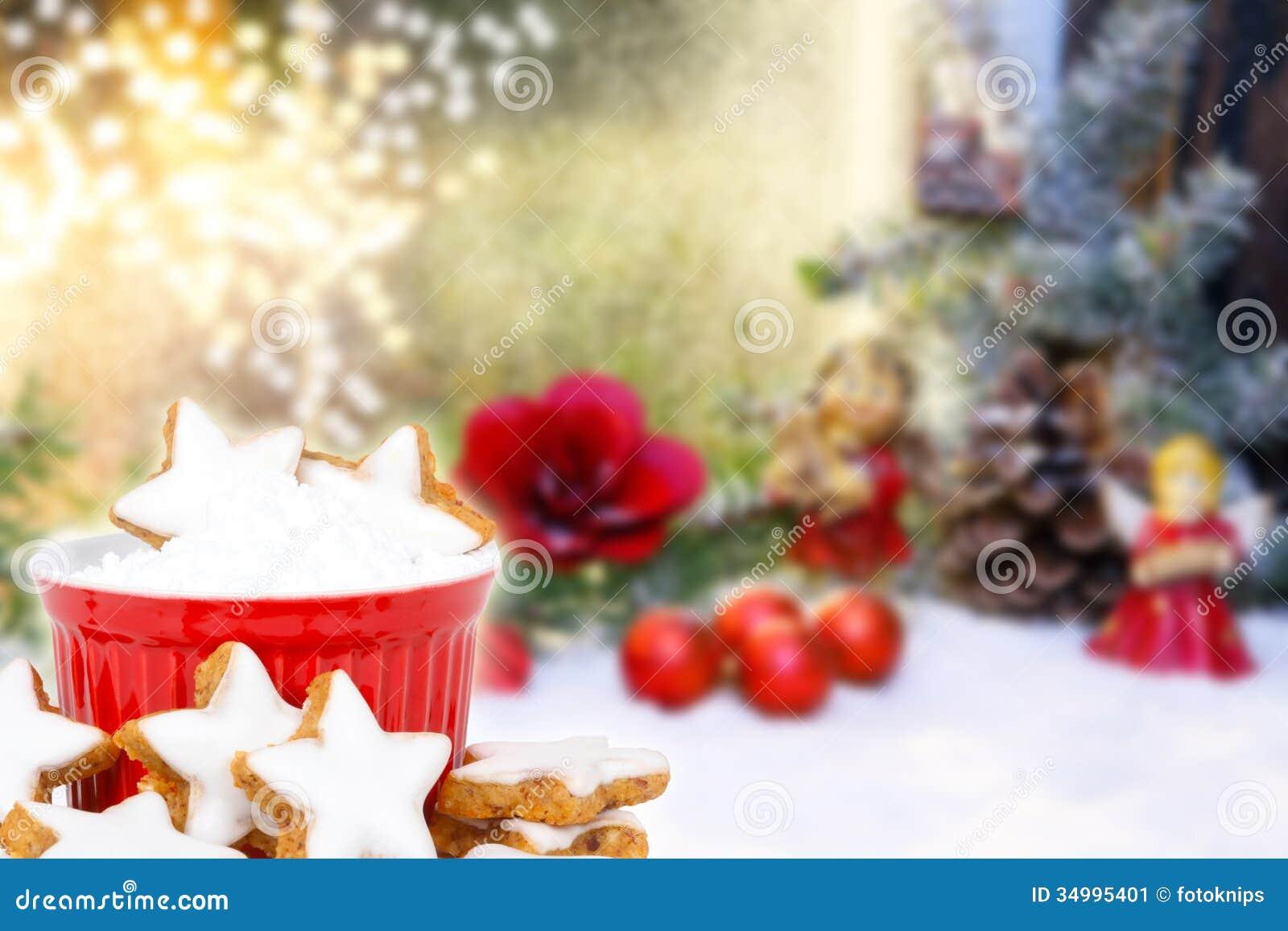 Estrelas da canela e decoração do Natal