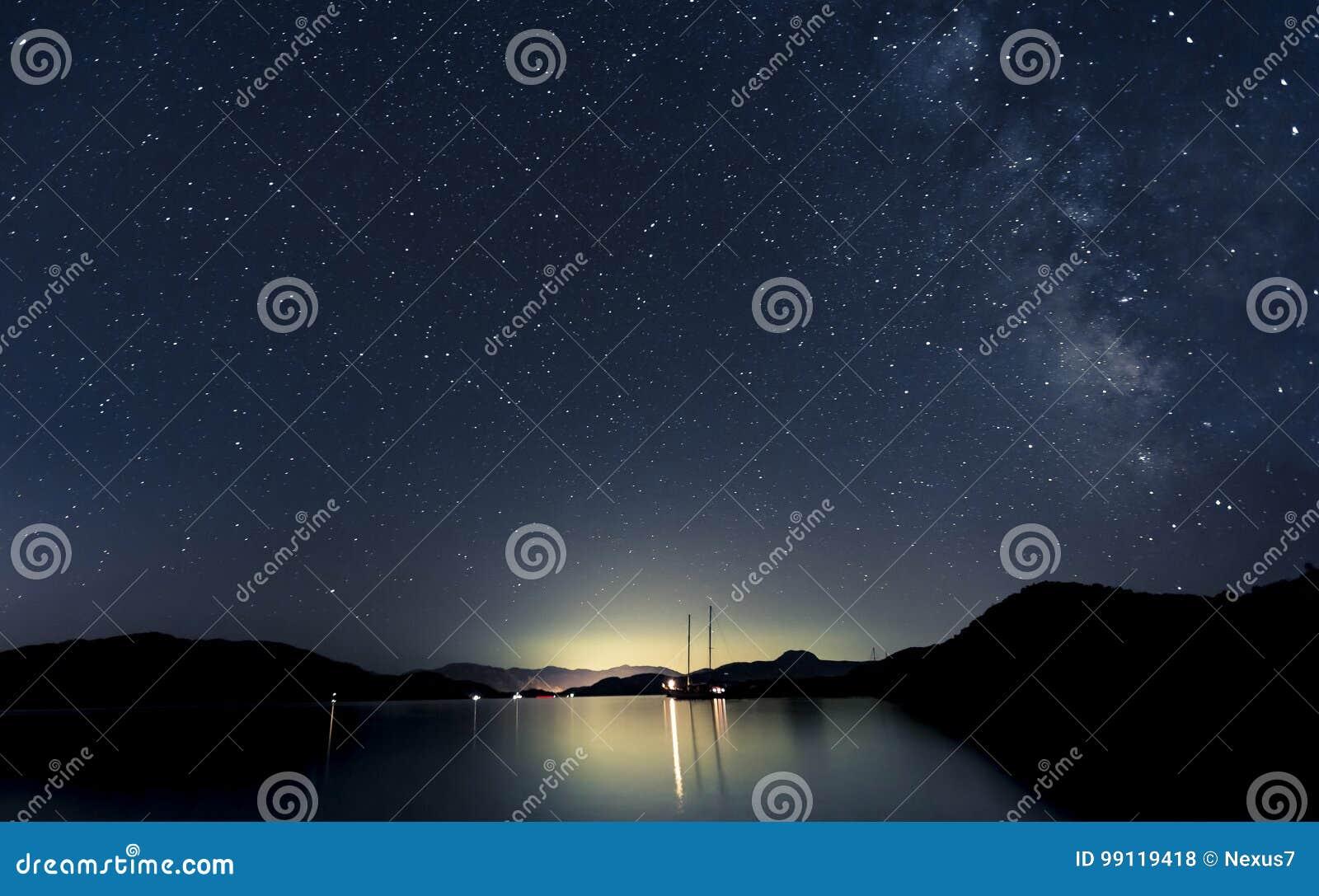 Estrelas e barcos