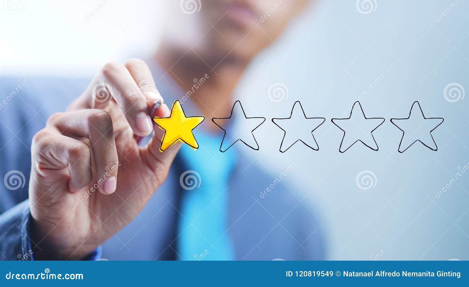 Estrellas asiáticas de 5 de Drawing 1 del hombre de negocios Mún concepto del comentario