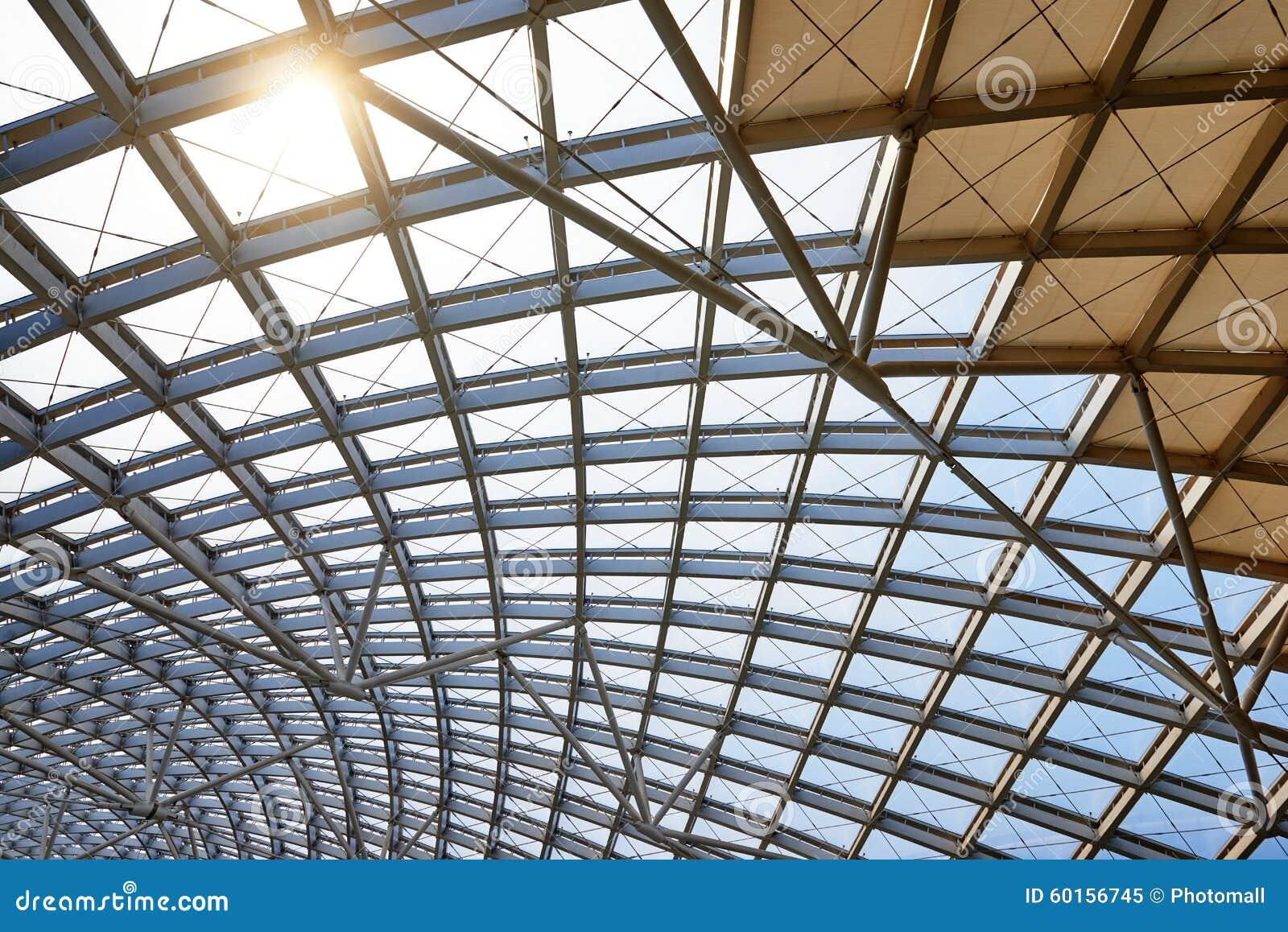 Estructura de tejado moderna de la arquitectura