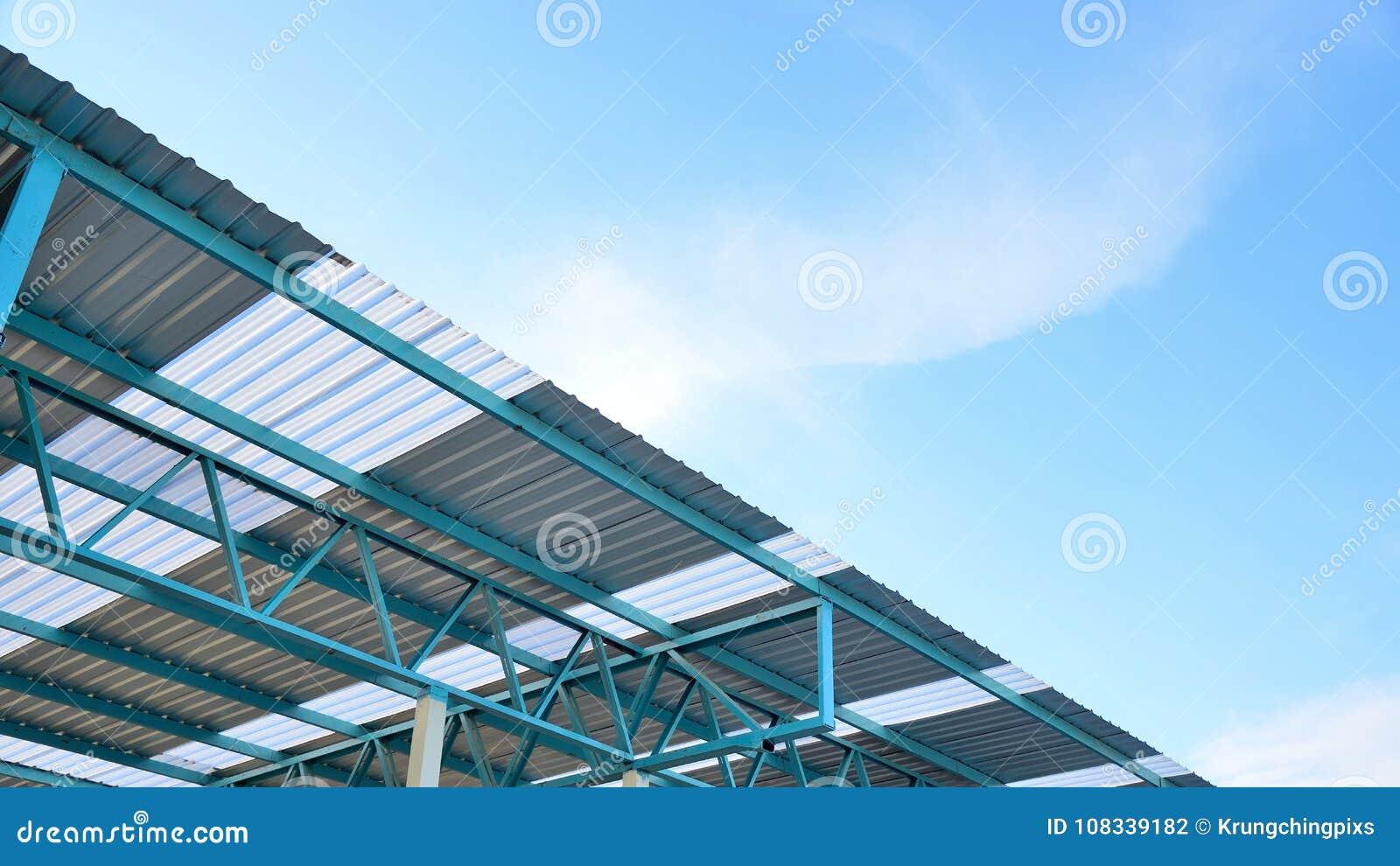 Estrutura da armação de aço do telhado da folha de metal