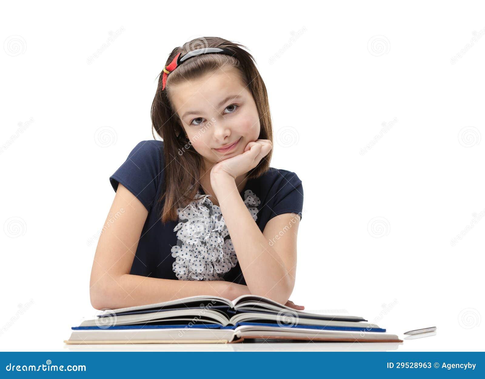 Estudante do smiley sobre os livros