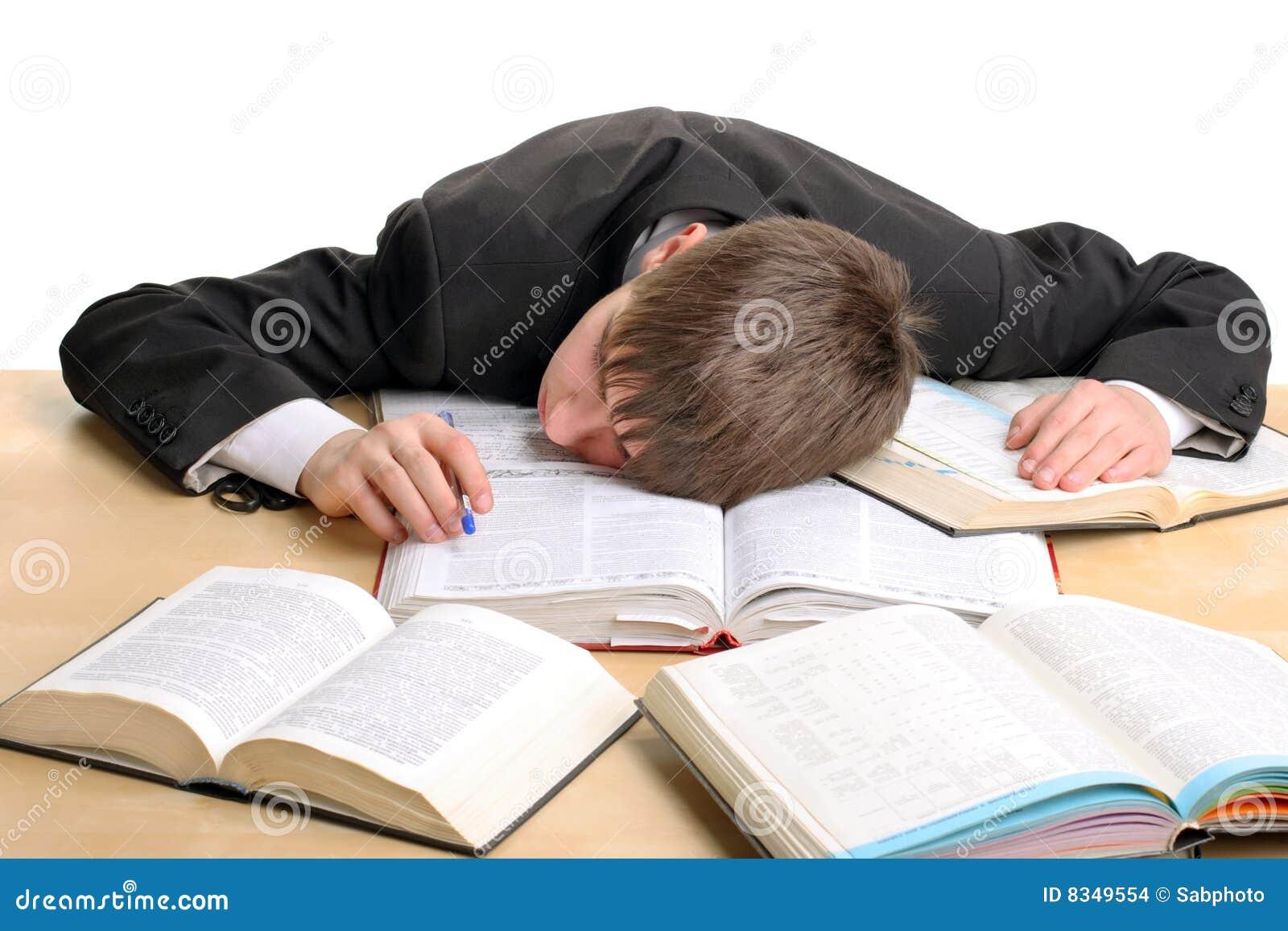 Estudiante cansado