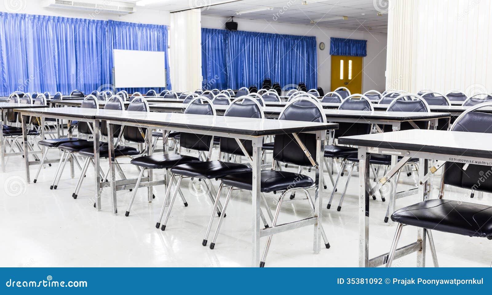 Estudiante Empty Lecture Hall