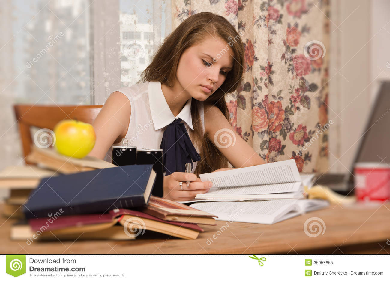 Estudiante que se prepara para un examen
