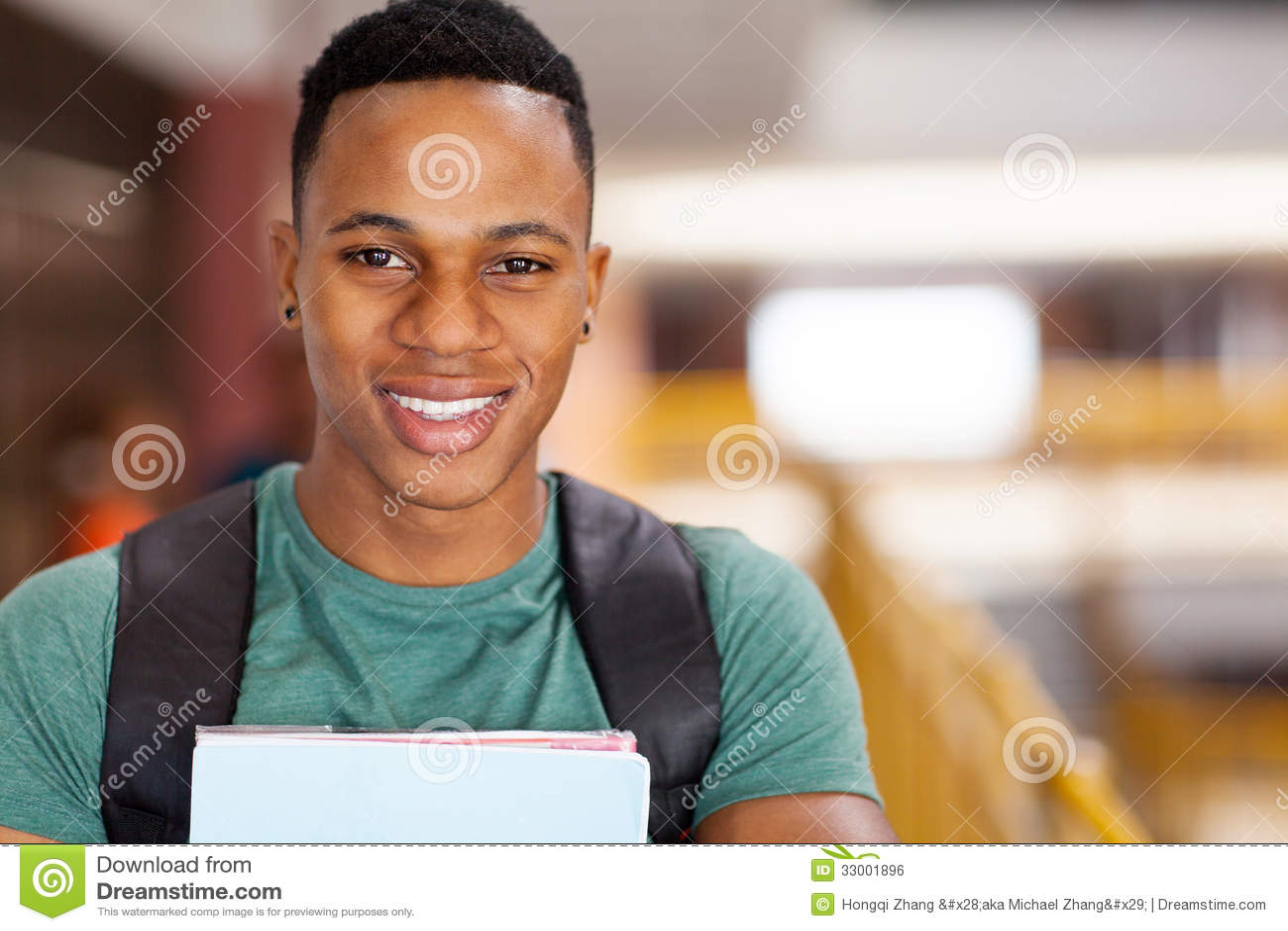 Estudiante universitario del Afro