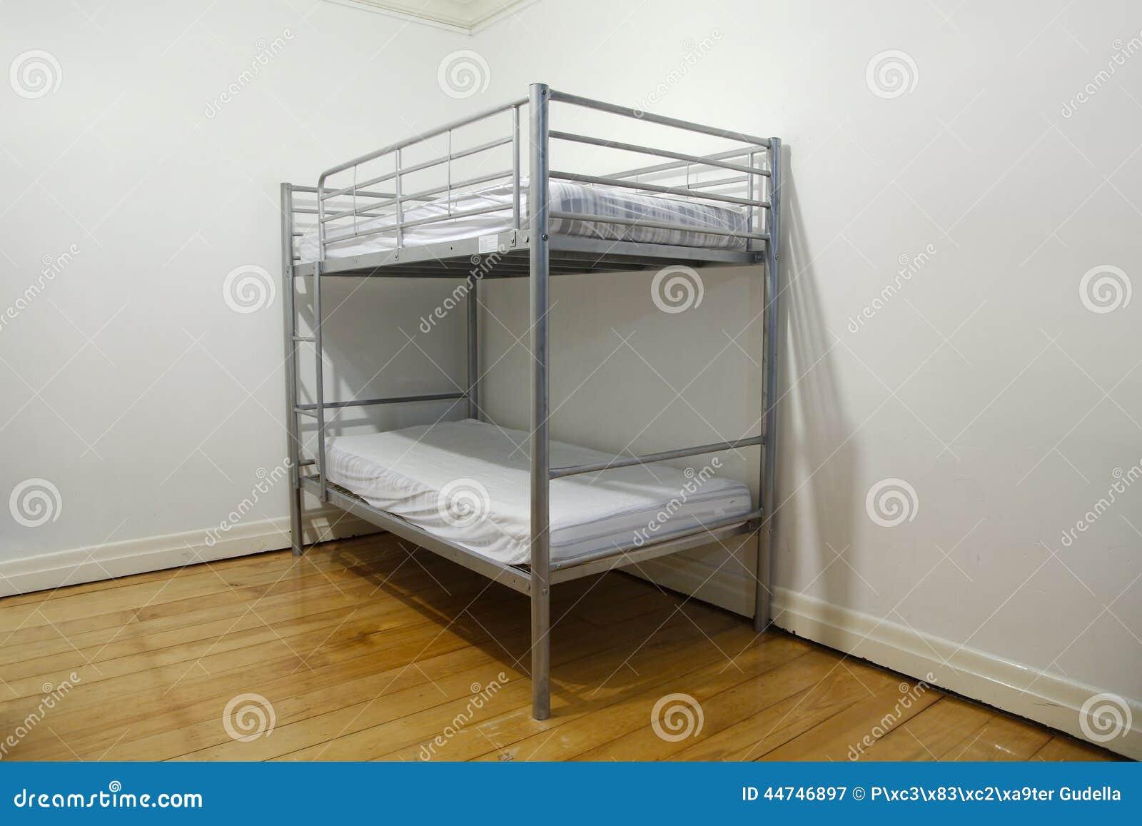 Etagenbett Ecke : Etagenbett stockbild. bild von möbel schutz billig 44746897