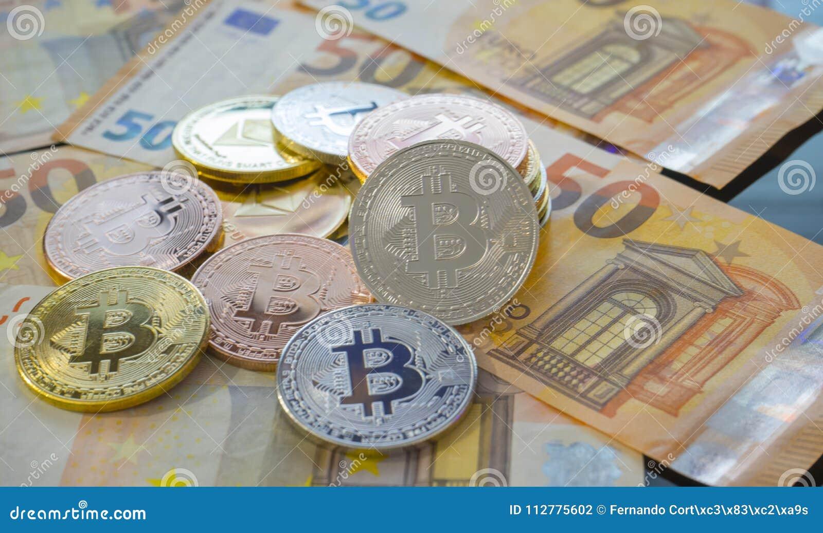 Ethereum, Bitcoin BTC monety na rachunkach euro banknoty Worldwid