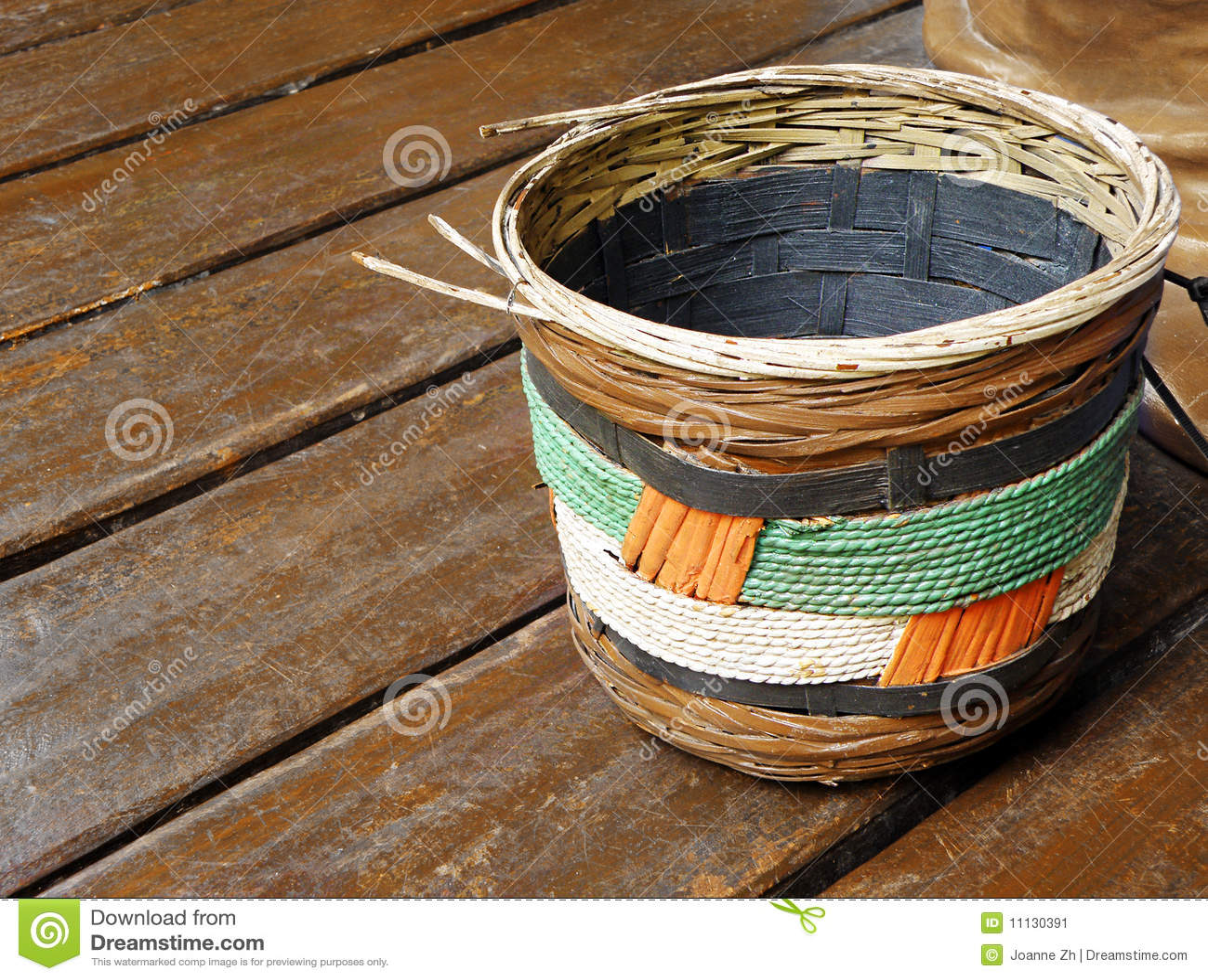 Ethnic Baskets 75