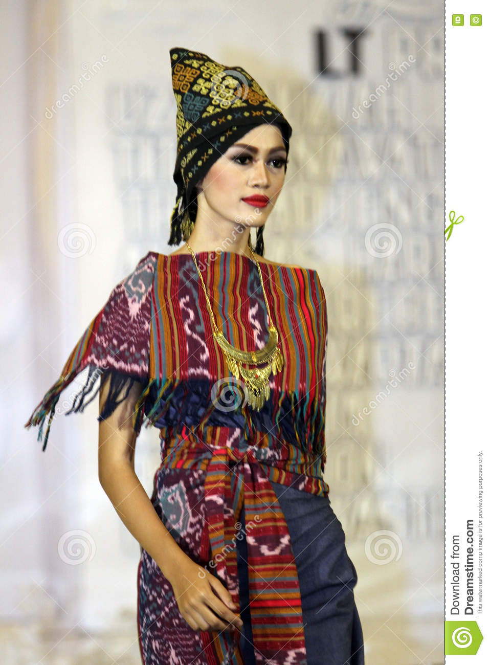 Ethnic Fashion Online Store: Ethnic Clothes Editorial Photo. Image Of Java, Motifs