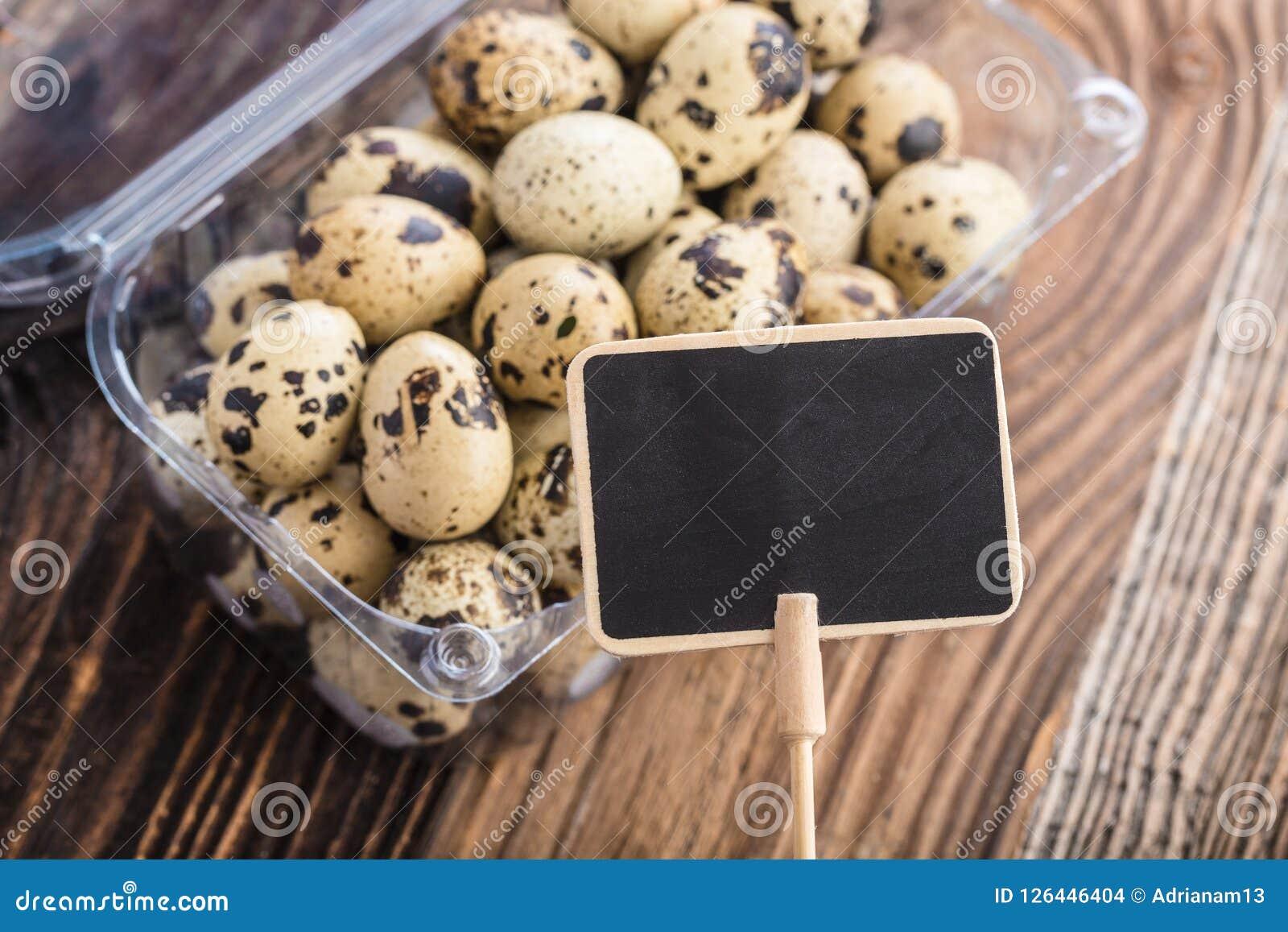 Etiqueta premiada com ovos de codorniz