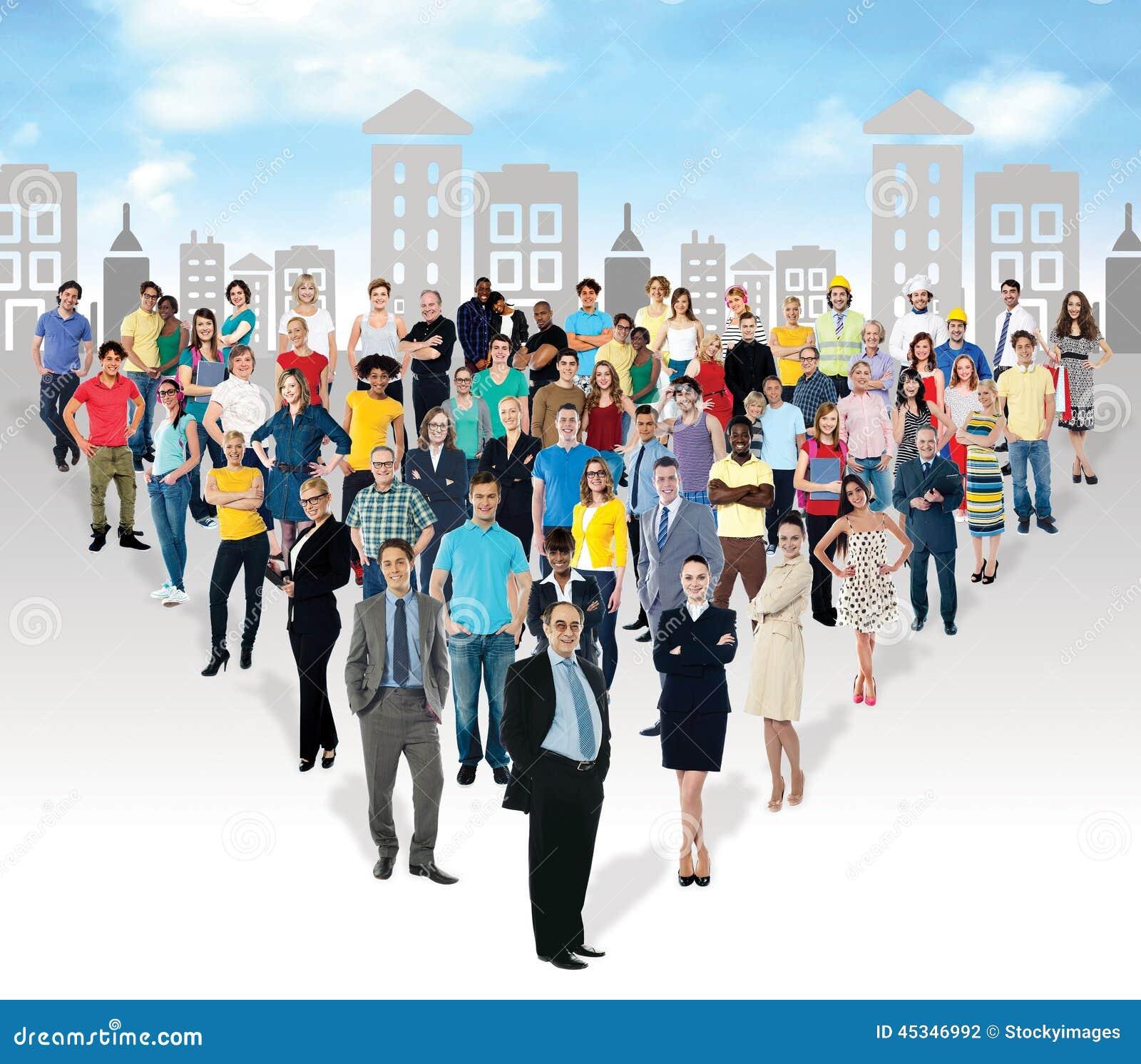 Etniczni ludzie w masowych liczbach