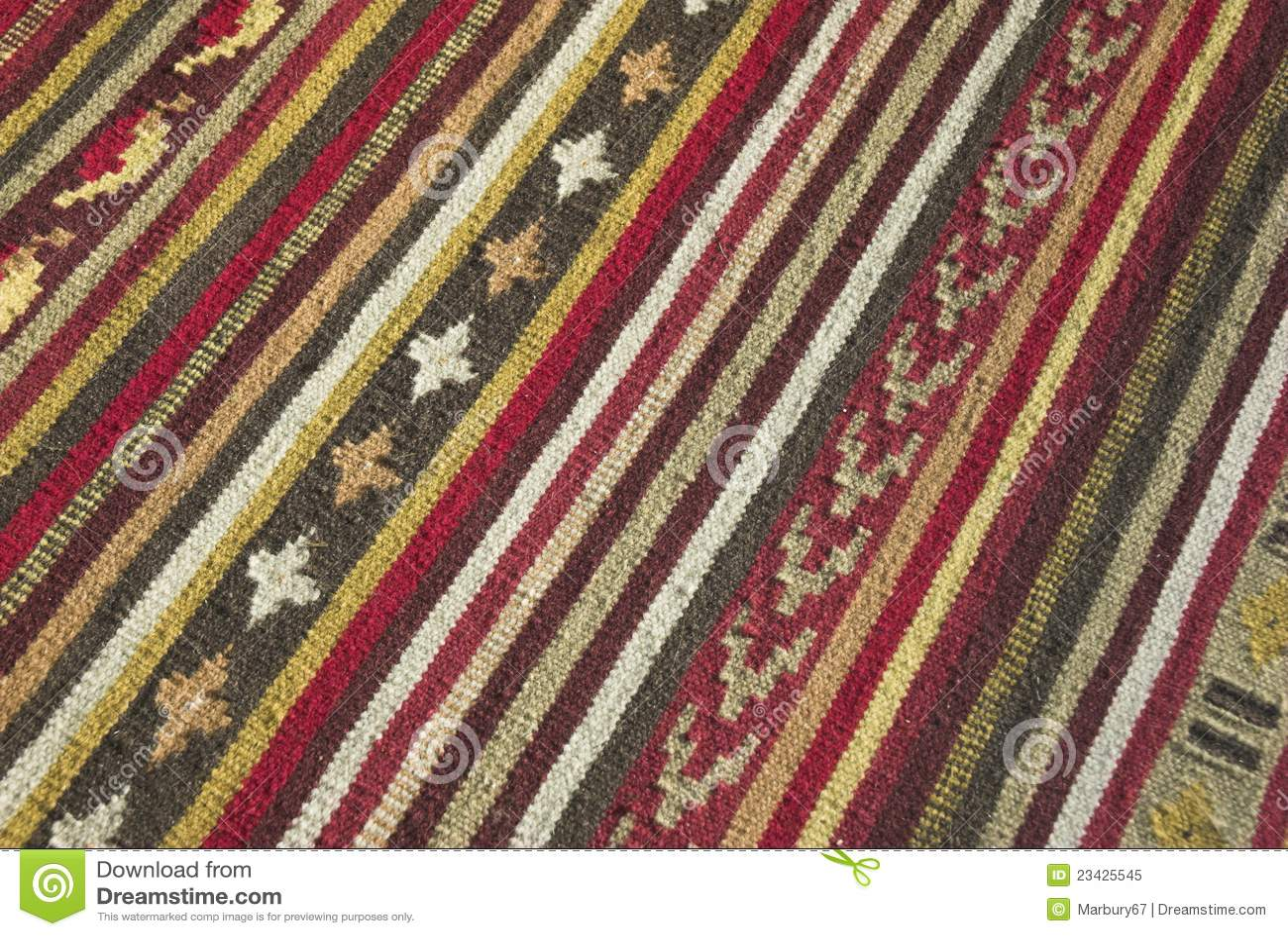 Etniczny dywanik
