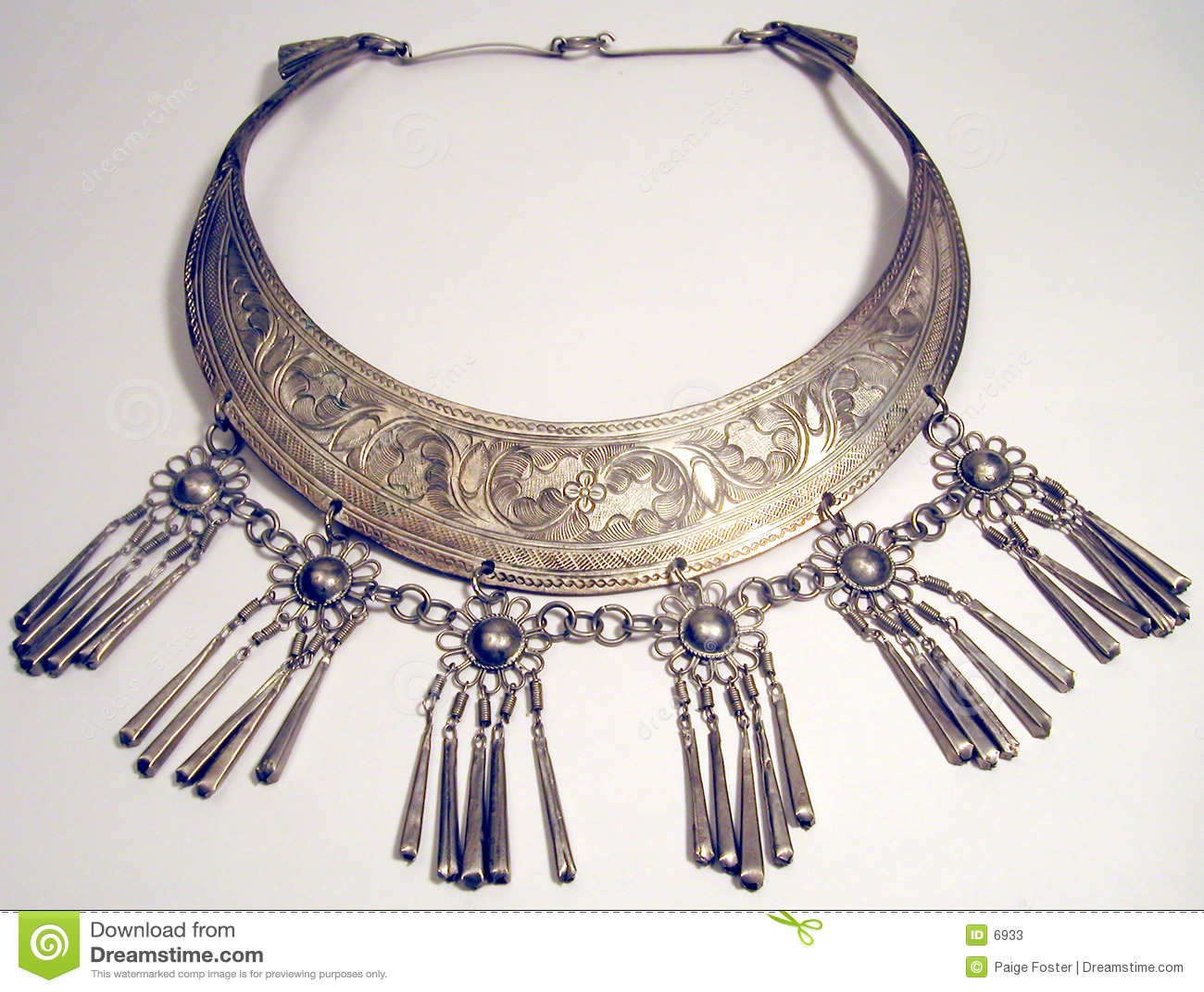 Etniskt halsband