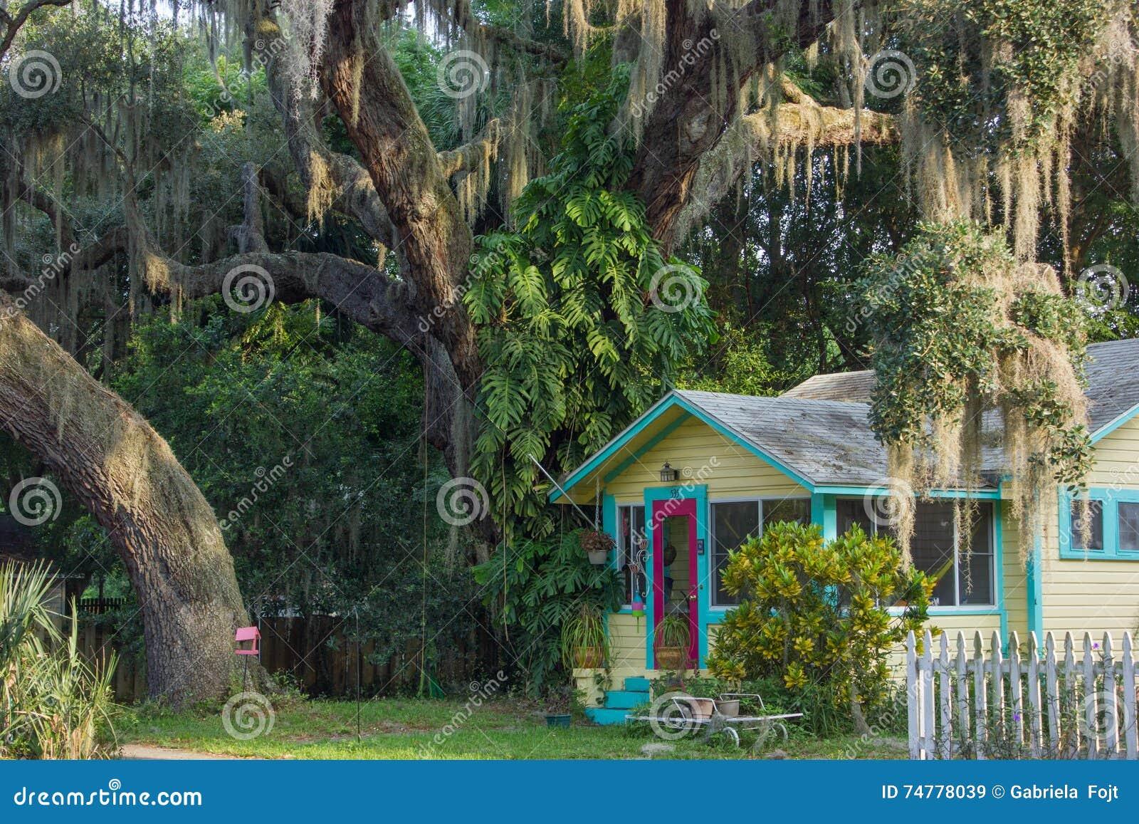 Ett färgrikt hus i centrala Florida