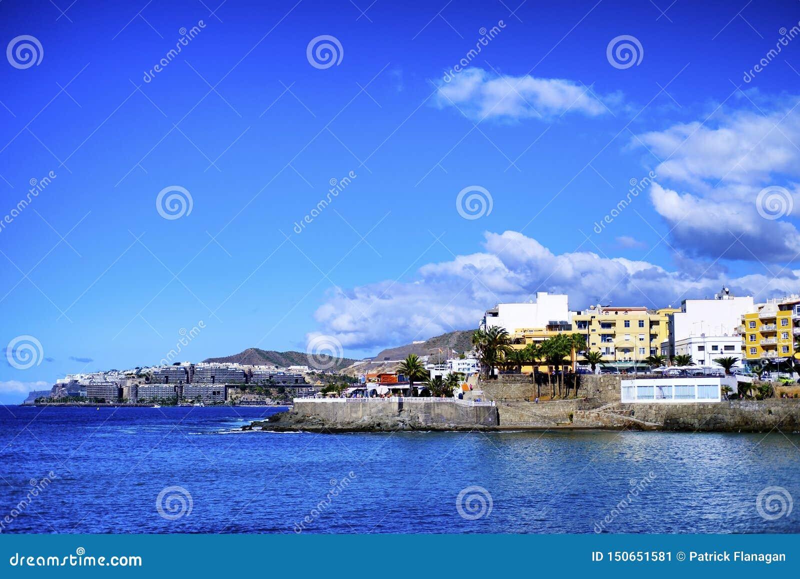Ett kust- landskap från Arguineguin i Gran Canaria