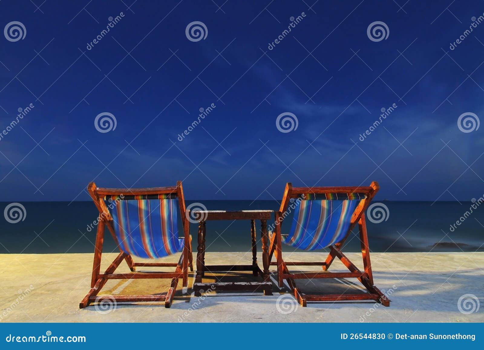 Ett par av stolar