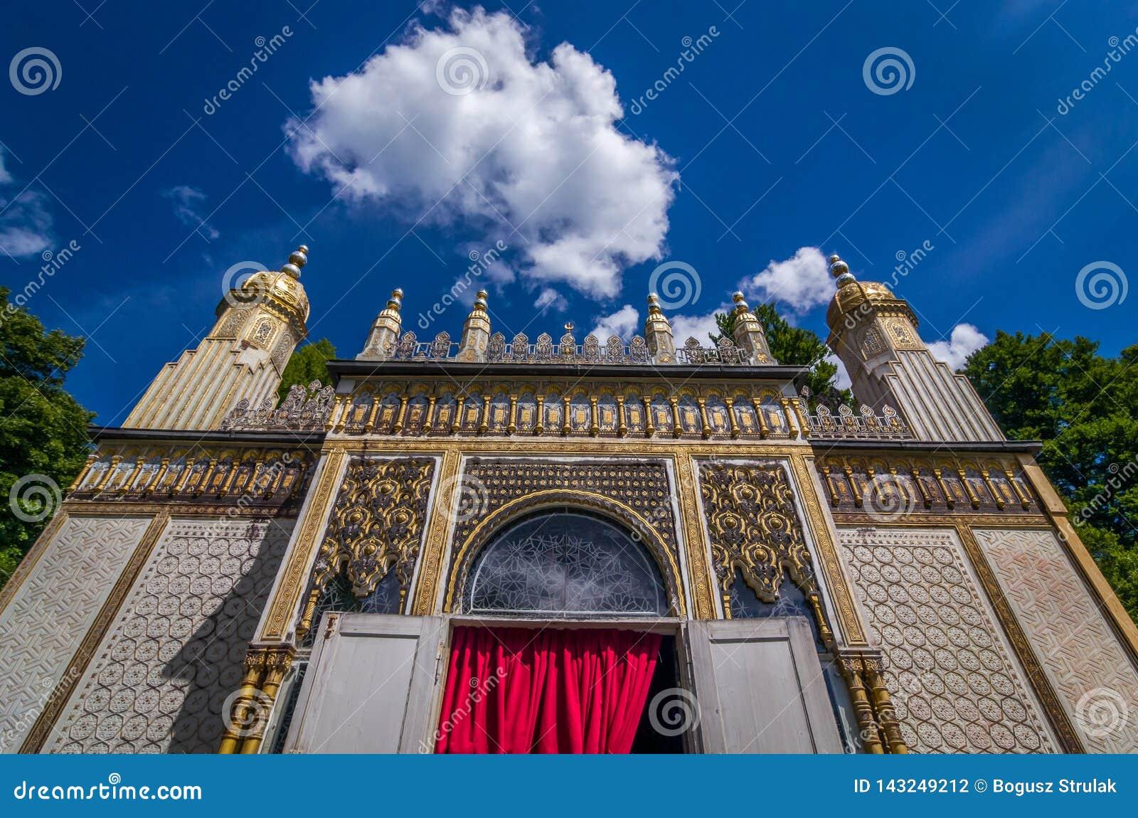 Ettal, Γερμανία, στις 14 Αυγούστου 2017: Μαυριτανικό περίπτερο στο παλάτι Linderhof από το βασιλιά Ludwig ΙΙ σε Ettal, Βαυαρία, Γ