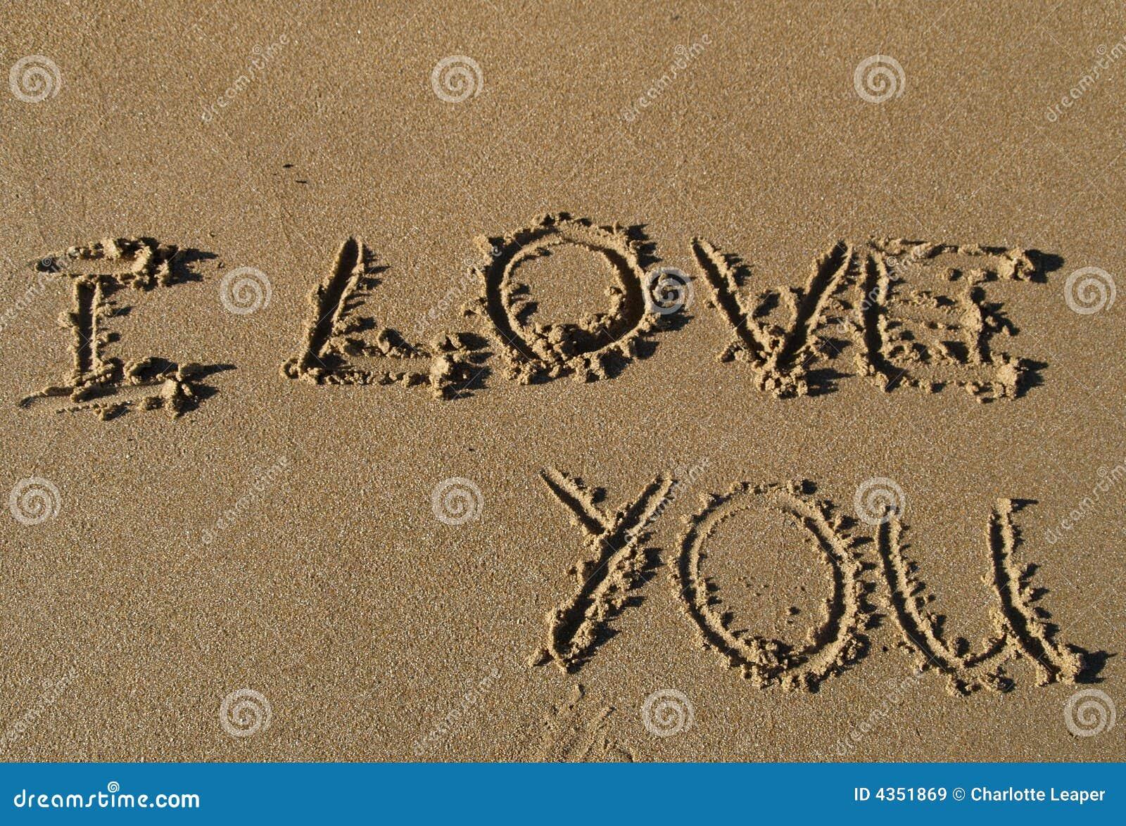 Eu Te Amo Escrito Na Areia Imagens De Stock Royalty Free