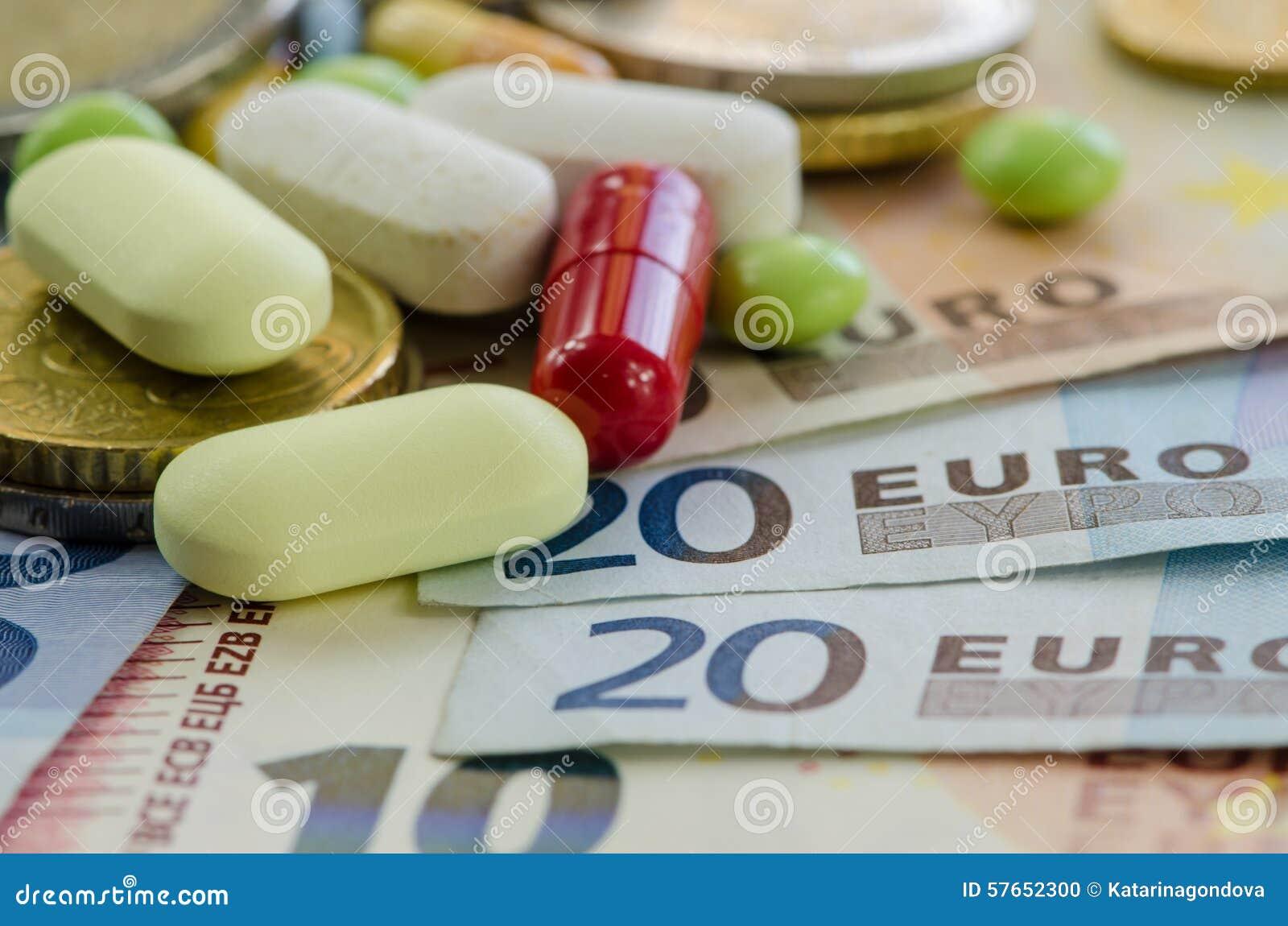 Euro banknoty i pigułki