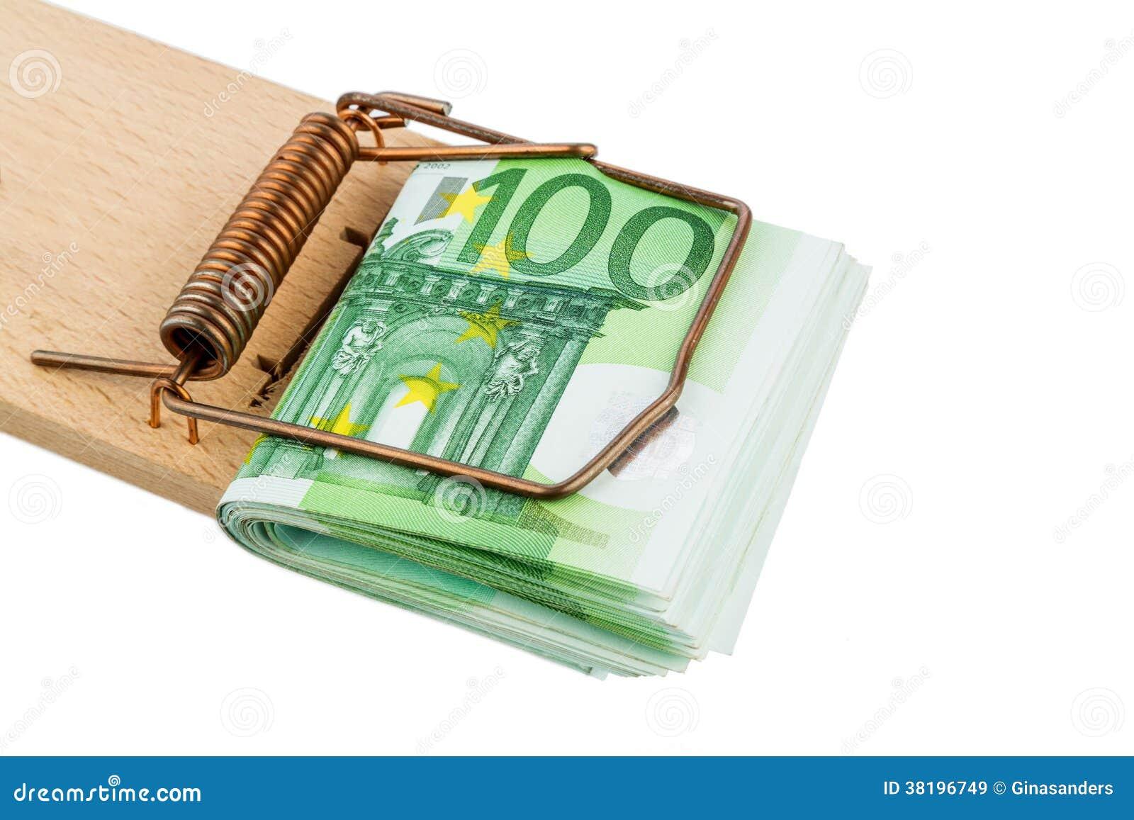 Euro banknoty w mysz oklepu