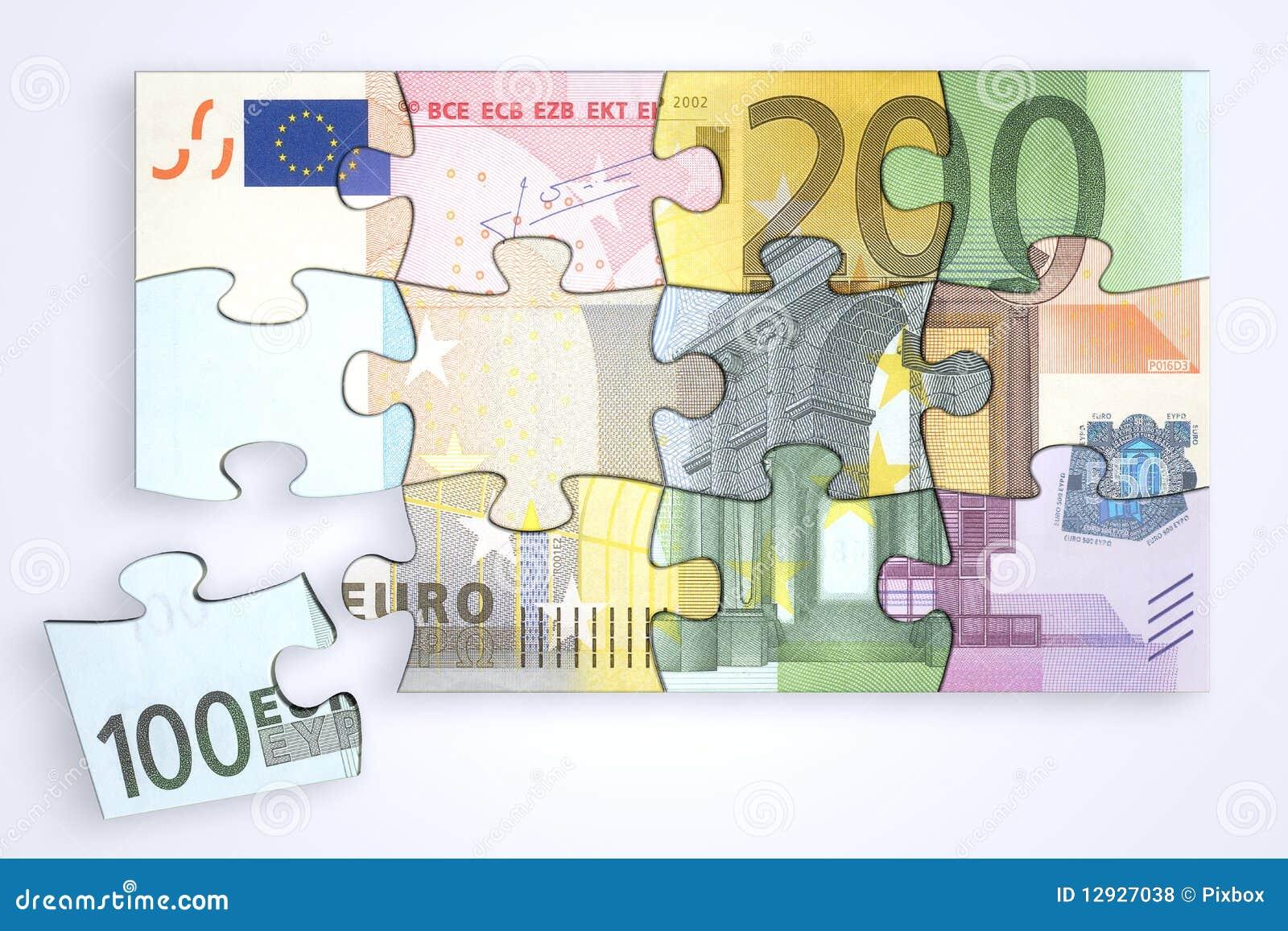 Euro- enigma misturado das notas com parte separada