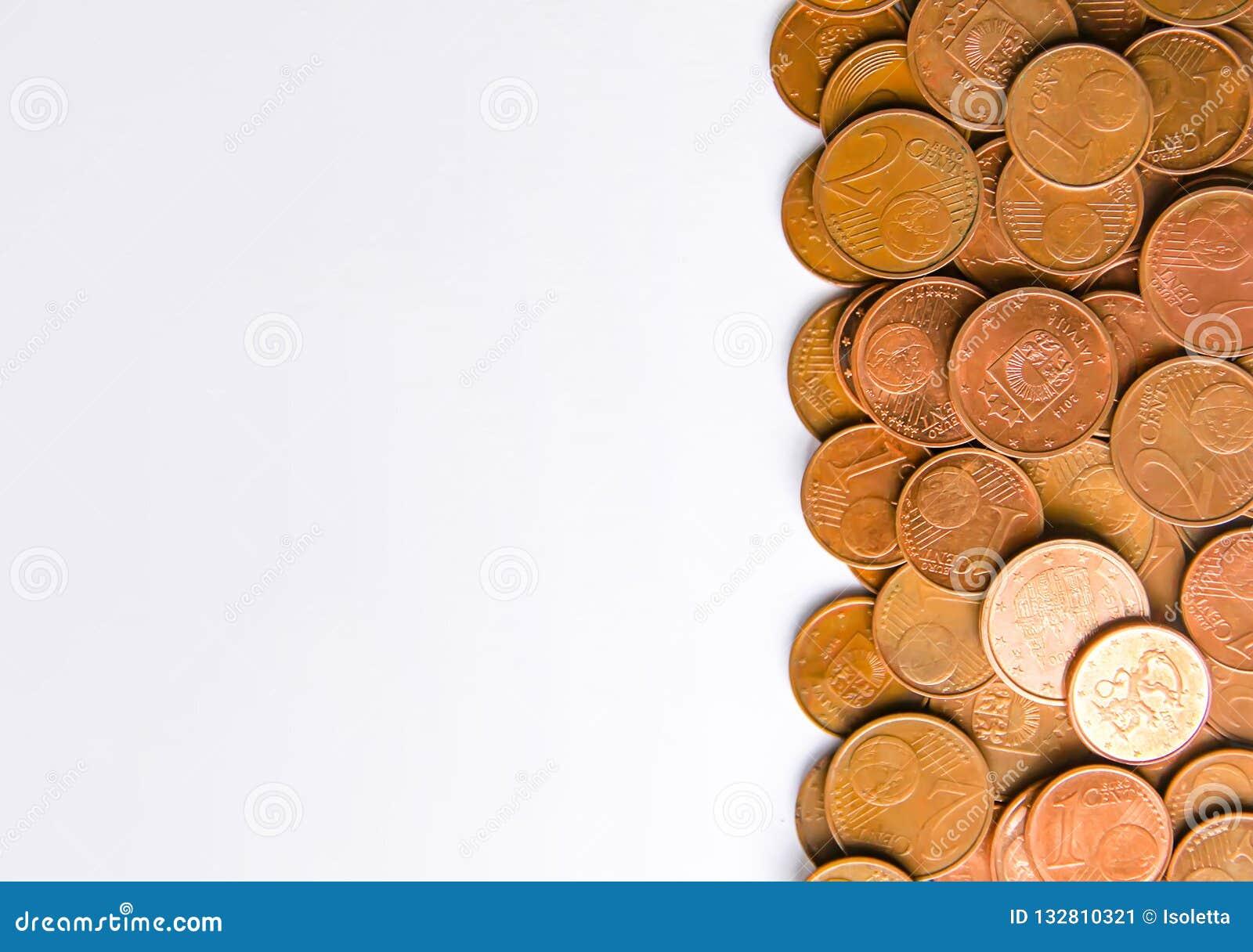 Euro monete della denominazione differente liberate dalla Lettonia